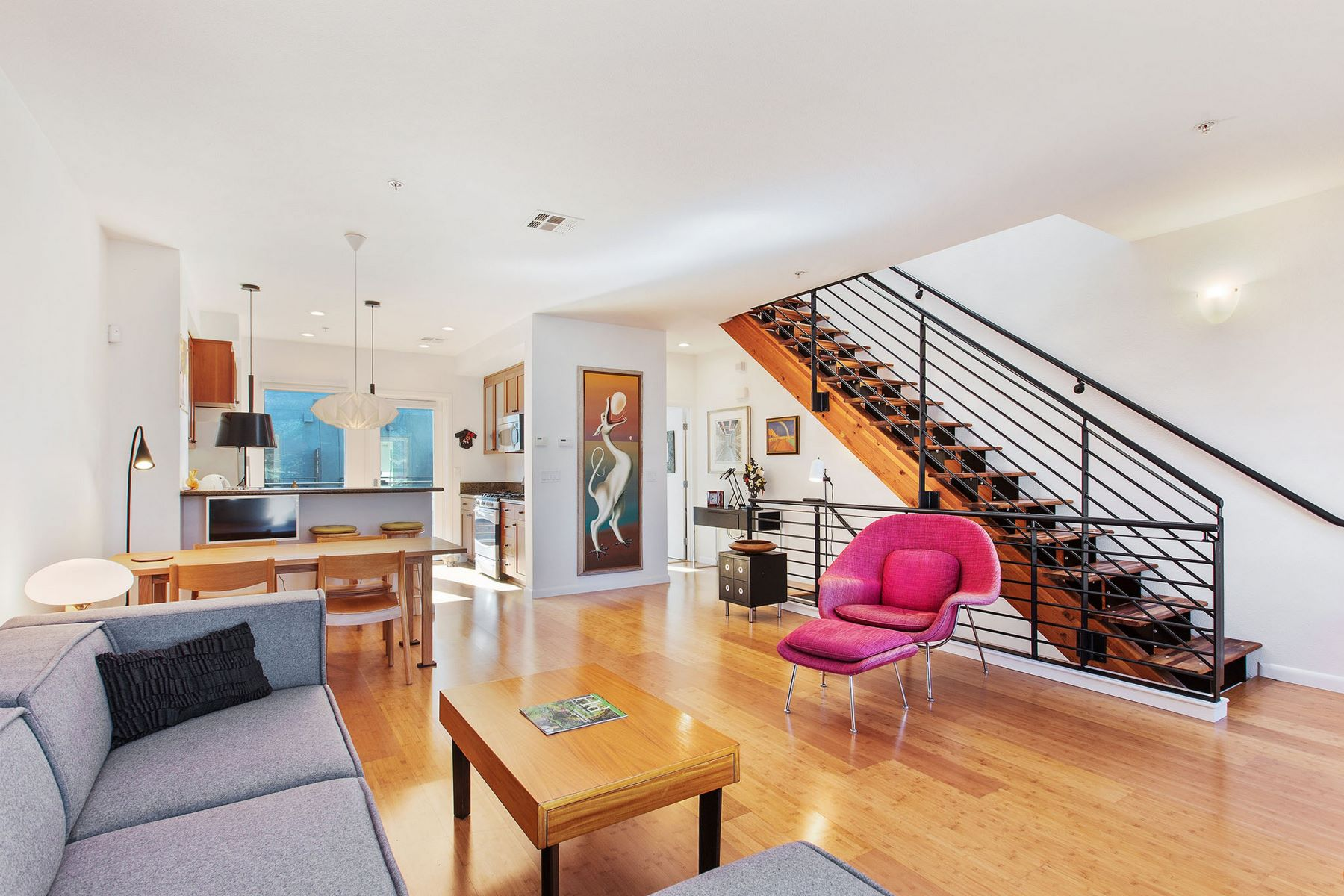 townhouses for Active at Rare Emeryville Townhouse 1307 65th Street Emeryville, California 94608 United States