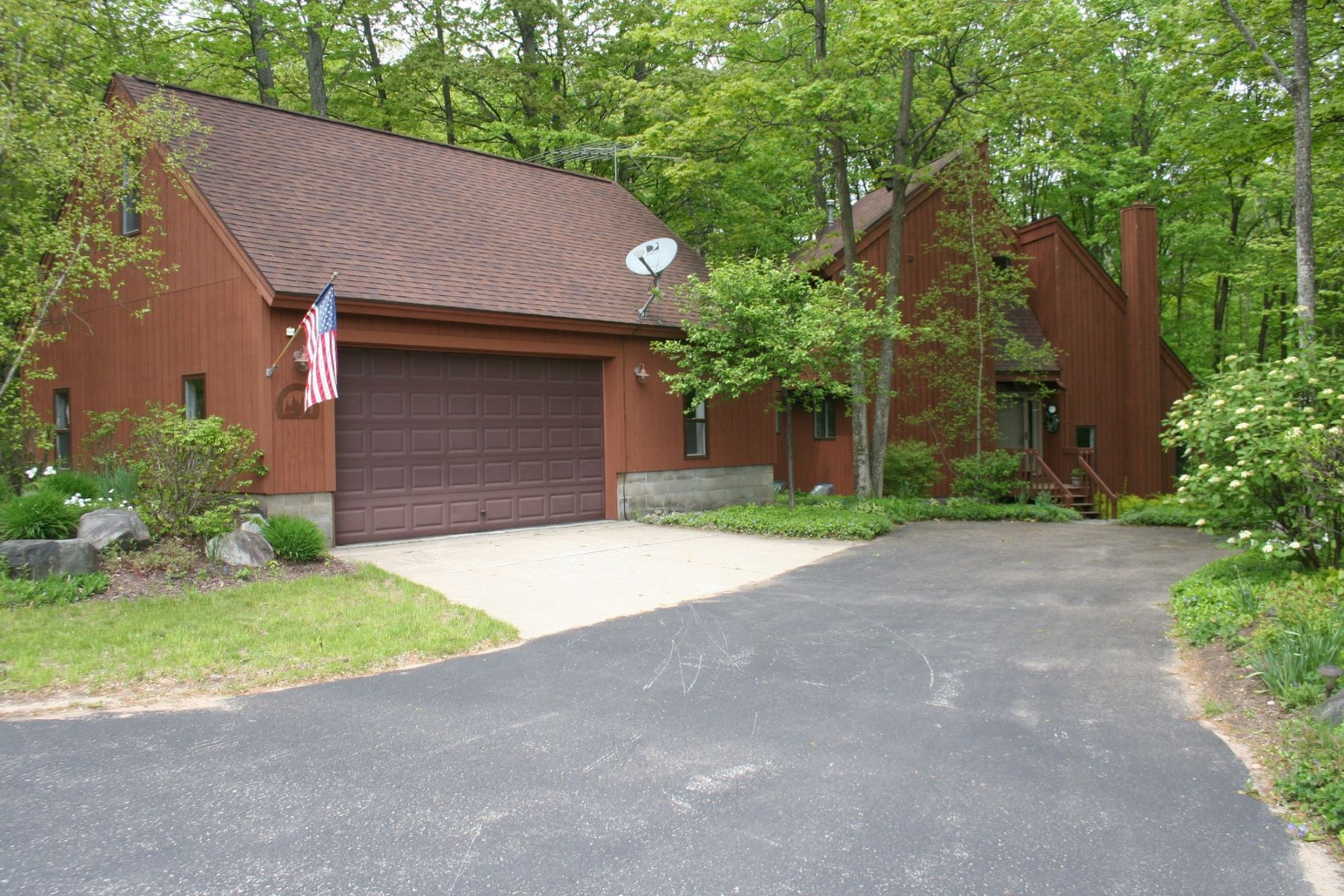 Single Family Home for Sale at 6173 Forest Ridge Lane Harbor Springs, Michigan, 49740 United States