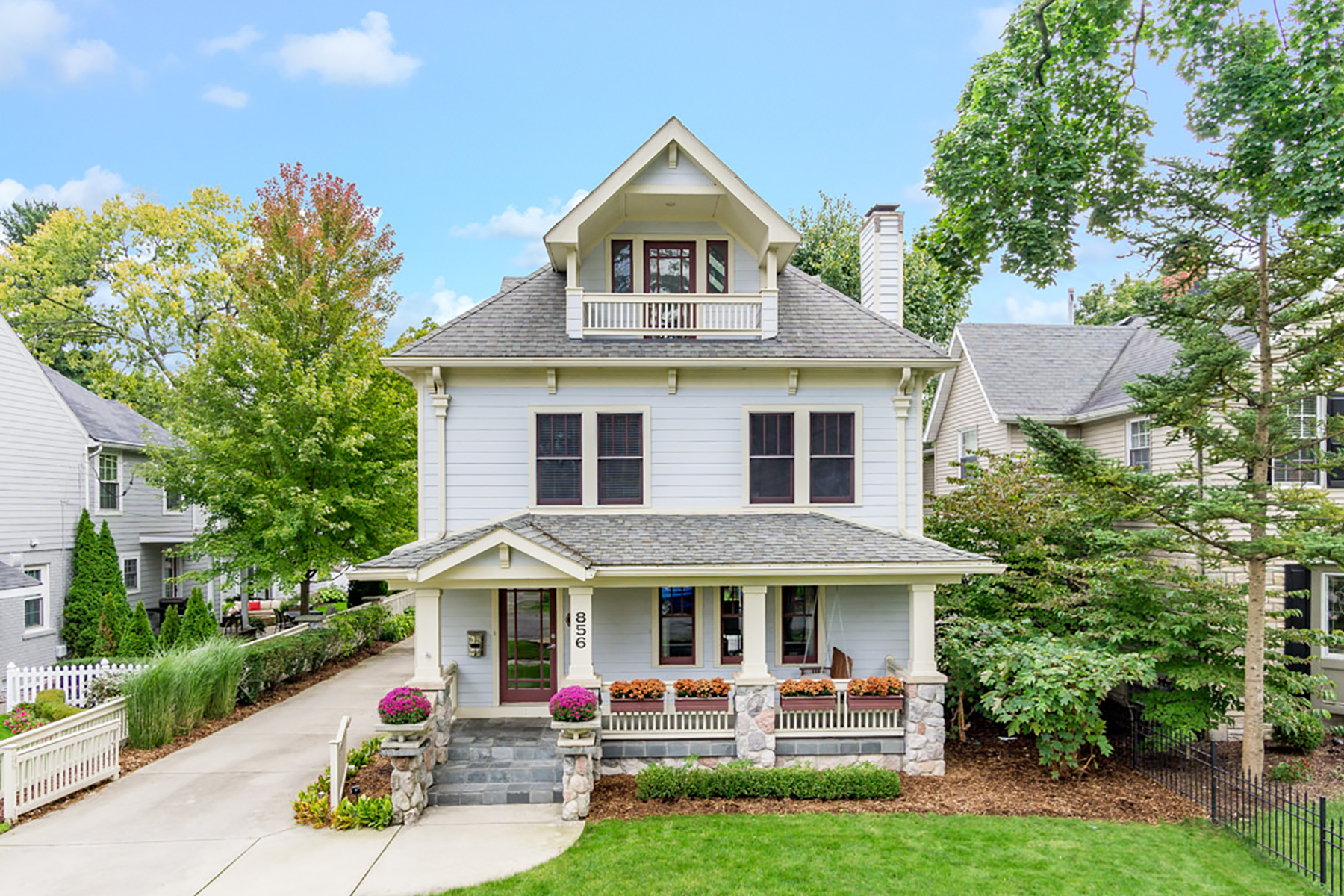 Single Family Homes for Sale at Birmingham 856 Lakeview Avenue Birmingham, Michigan 48009 United States