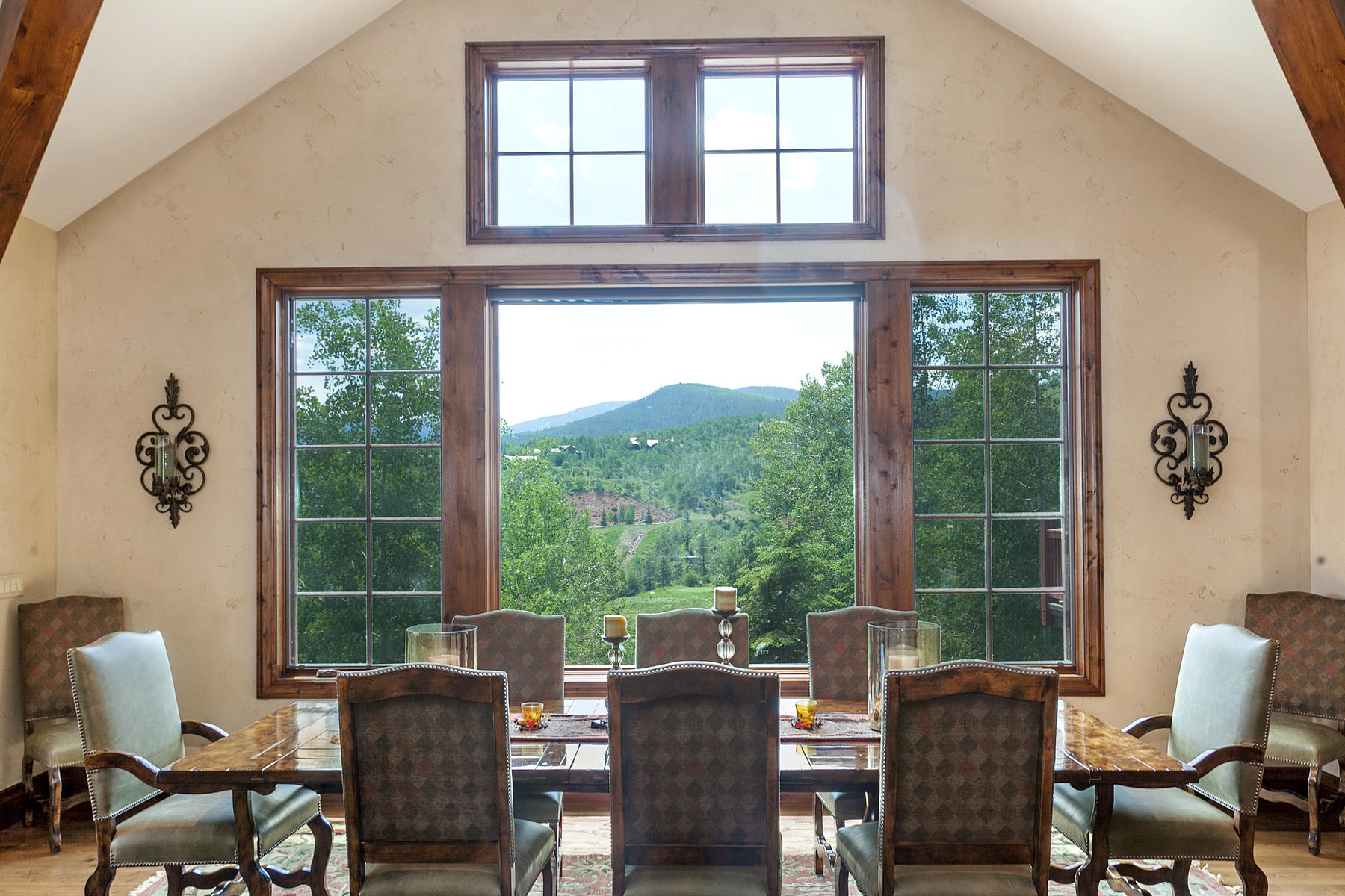 Additional photo for property listing at Stunning Custom Residence 42 Stag Gulch Court Edwards, Colorado 81632 United States