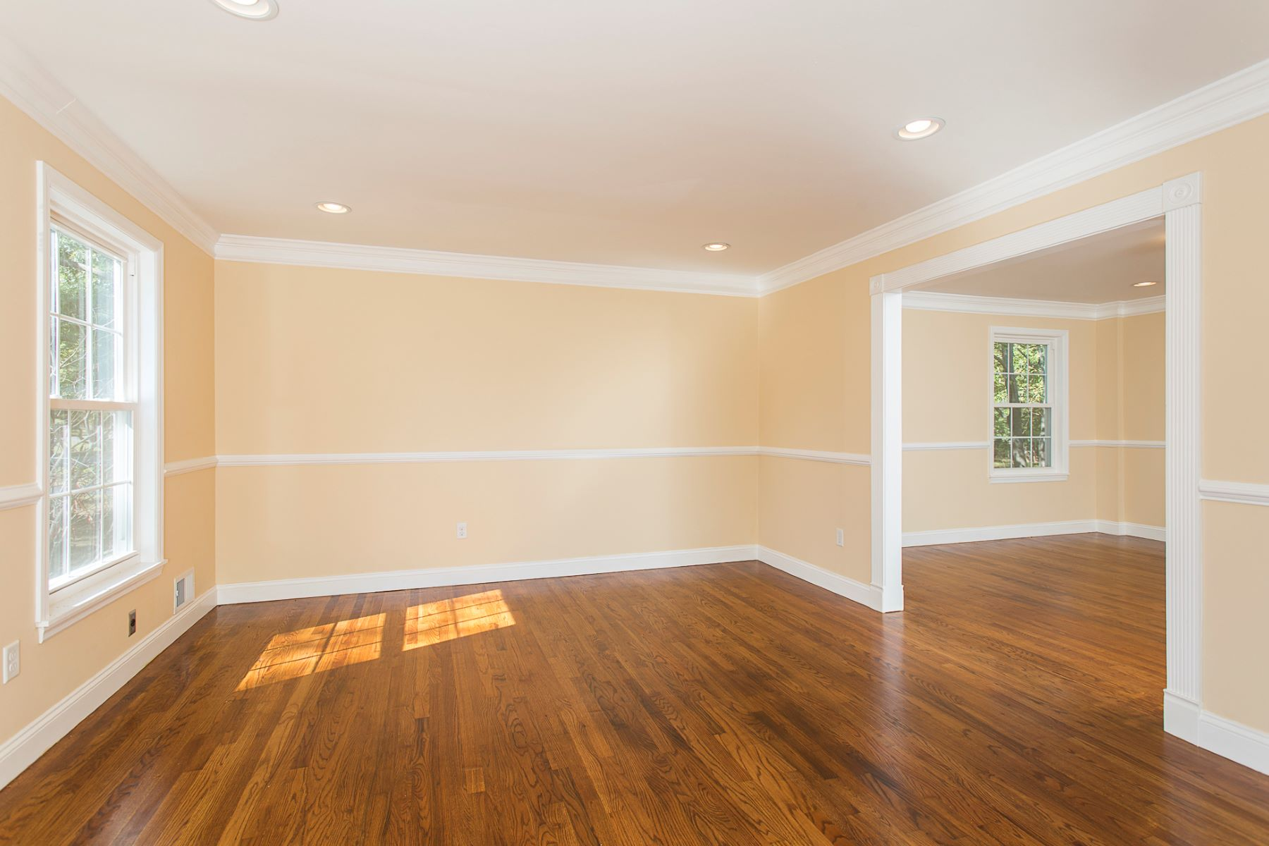 Additional photo for property listing at Completely Re-Done in Montgomery Township 45 Whippoorwill Way, Belle Mead, New Jersey 08502 United States