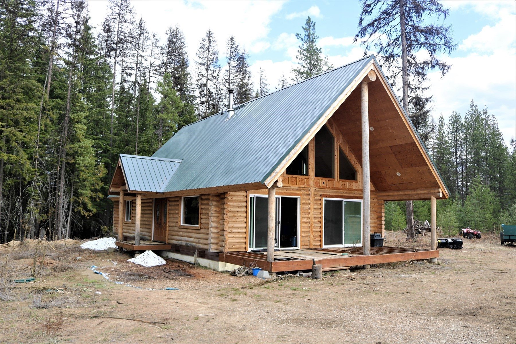 Single Family Homes for Sale at Log Home on Acreage 3882 Gleason Mc Abee Rd Priest River, Idaho 83856 United States
