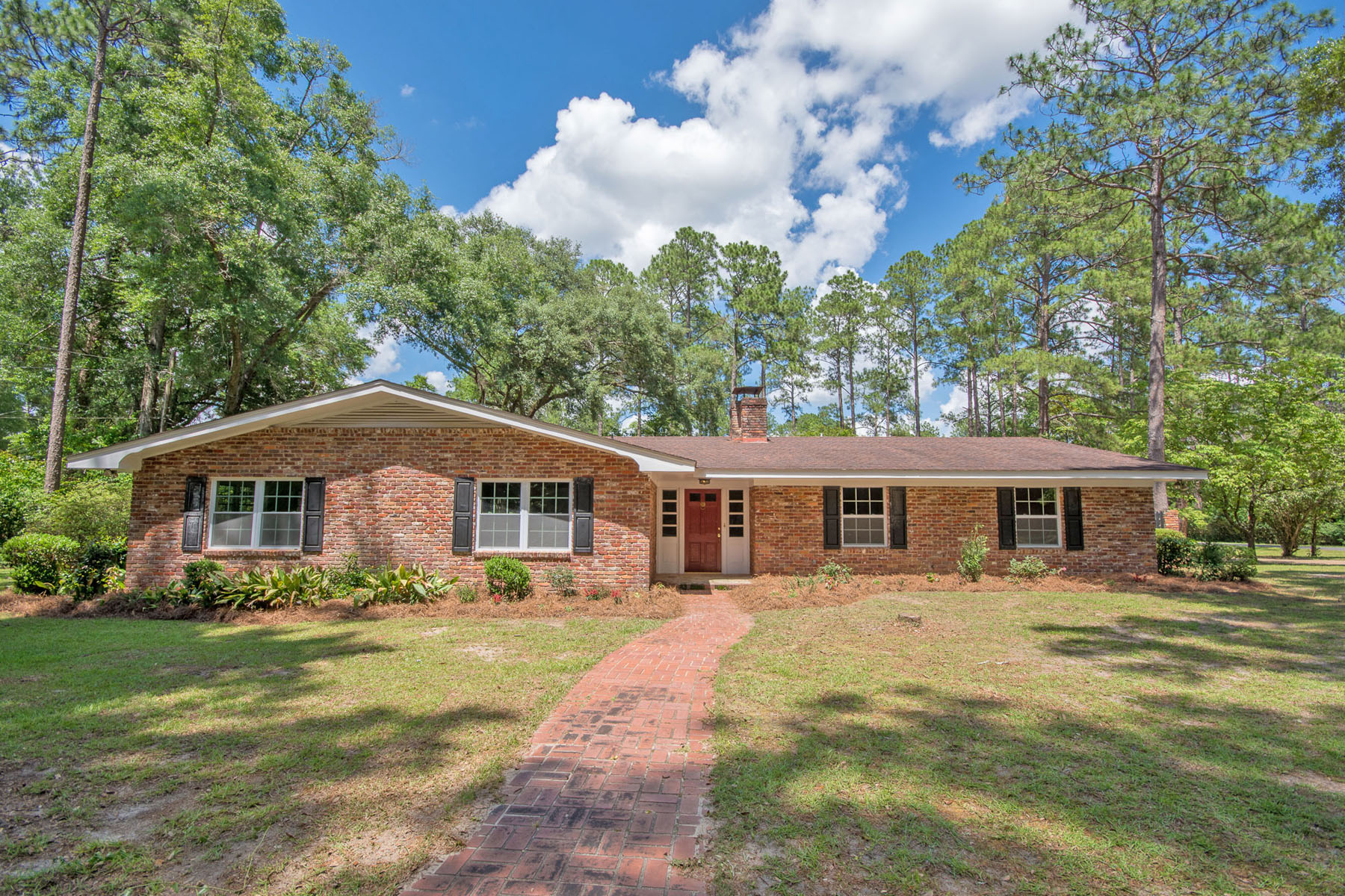 Single Family Home for Sale at Mid-Century Modern Meets Southern Traditional 1511 Lake Douglas Road Bainbridge, Georgia 39819 United States