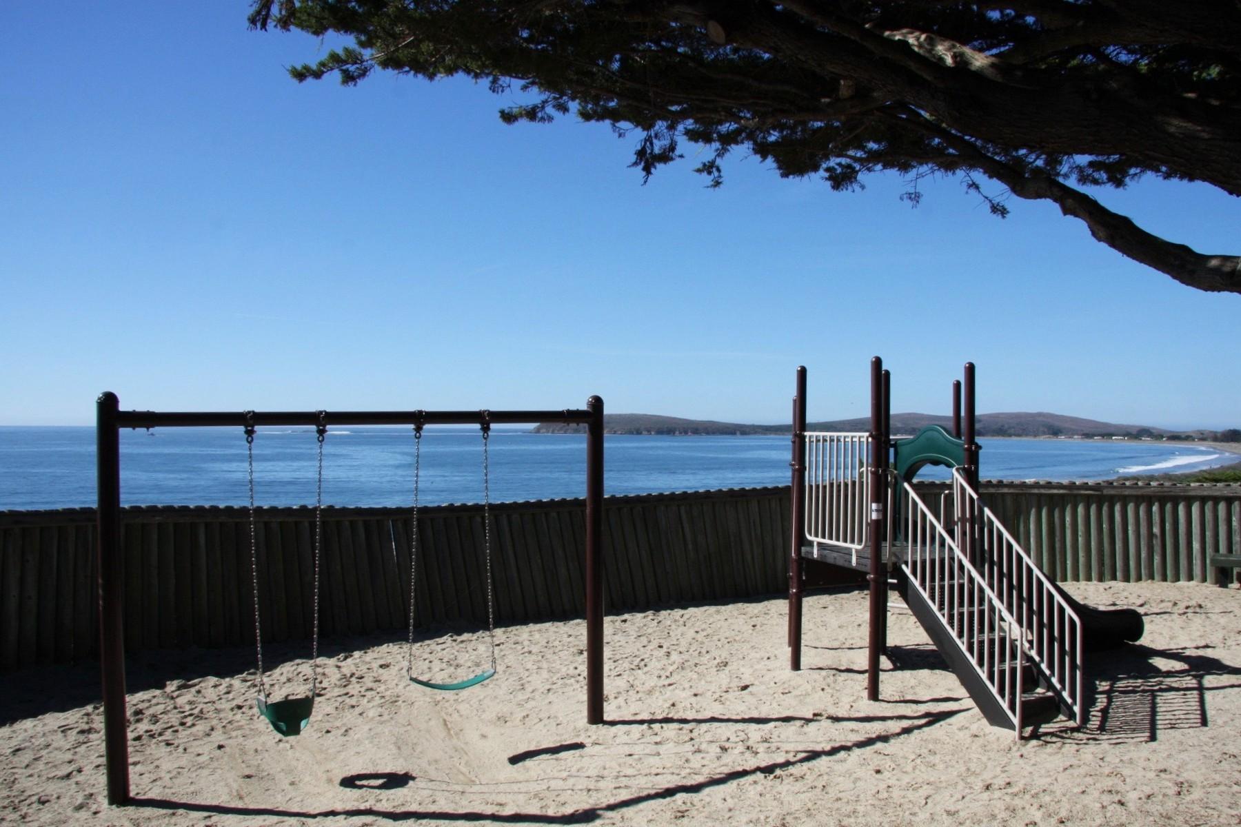 Additional photo for property listing at 88 Cypress Loop  博迪加贝, 加利福尼亚州 94923 美国