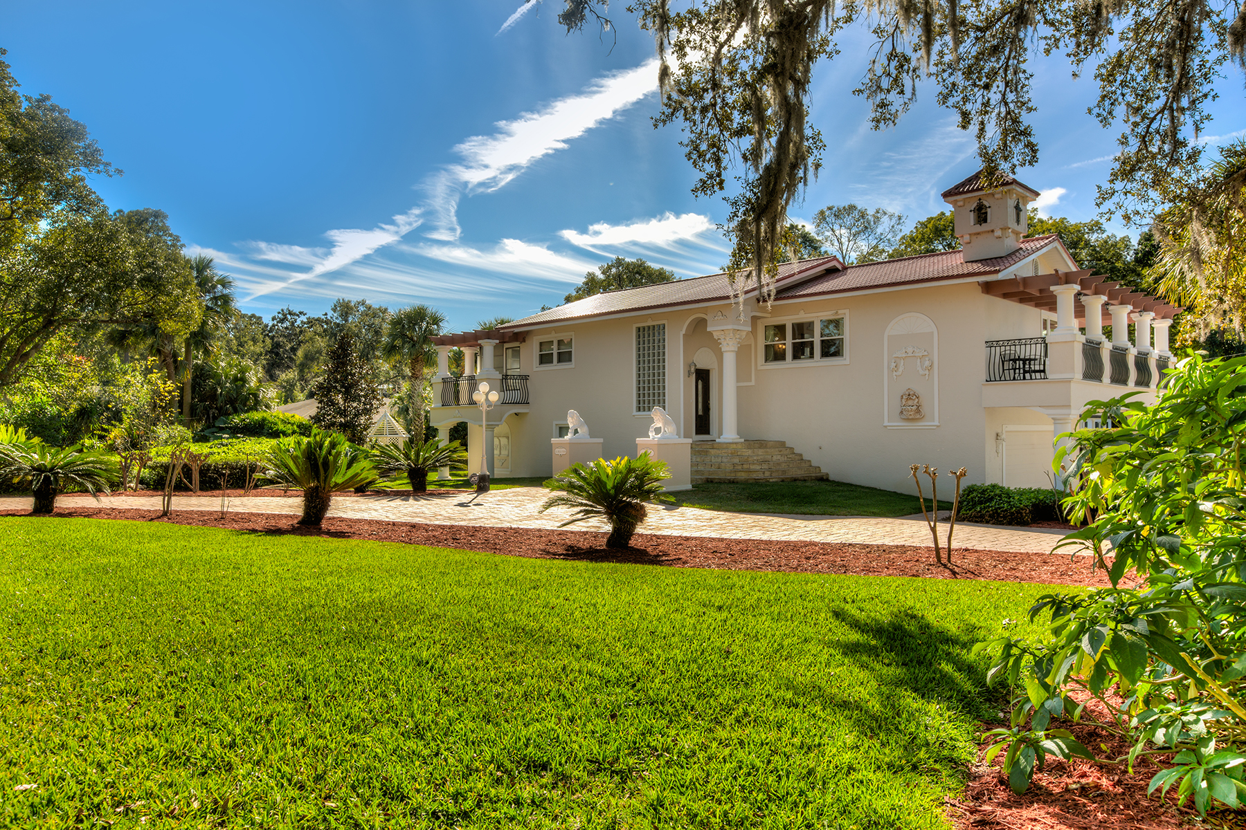 Single Family Homes por un Venta en WINDERMERE-ORLANDO 108 Forest St, Windermere, Florida 34786 Estados Unidos