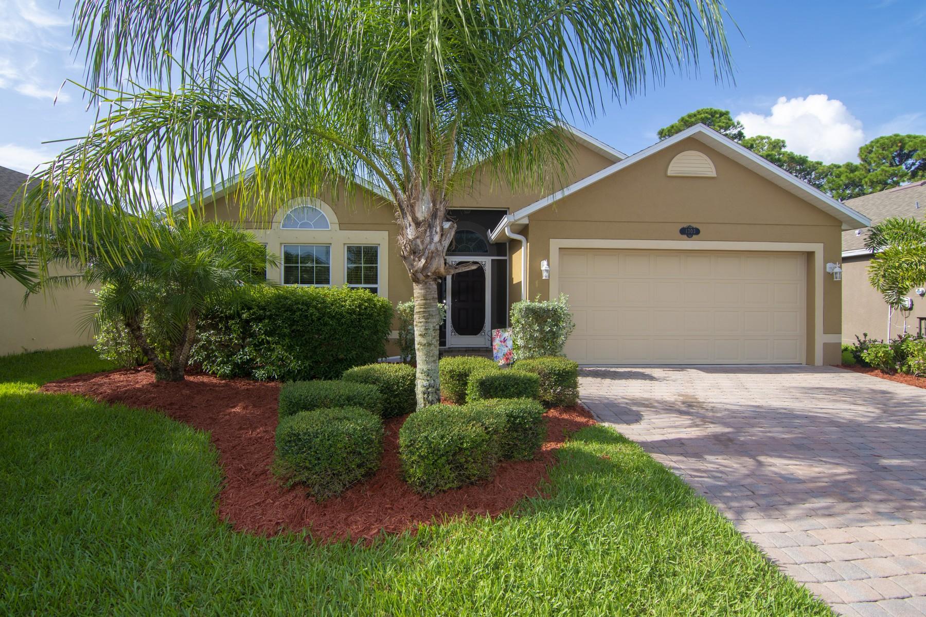 Marvelous Four Bedroom Home That Backs to Preserve Area 1303 Lexington Square SW Vero Beach, Florida 32962 Estados Unidos