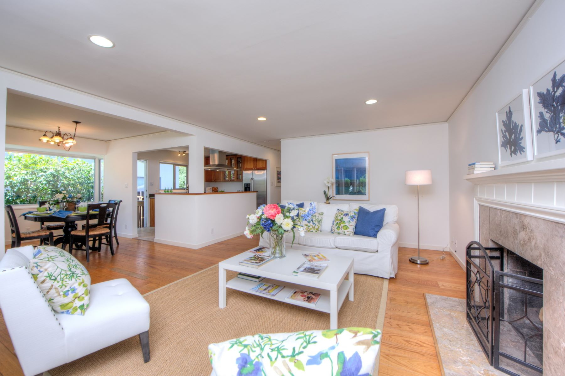 Single Family Home for Sale at One-Level Charmer in Coveted San Anselmo! 47 El Cerrito Ave San Anselmo, California 94960 United States