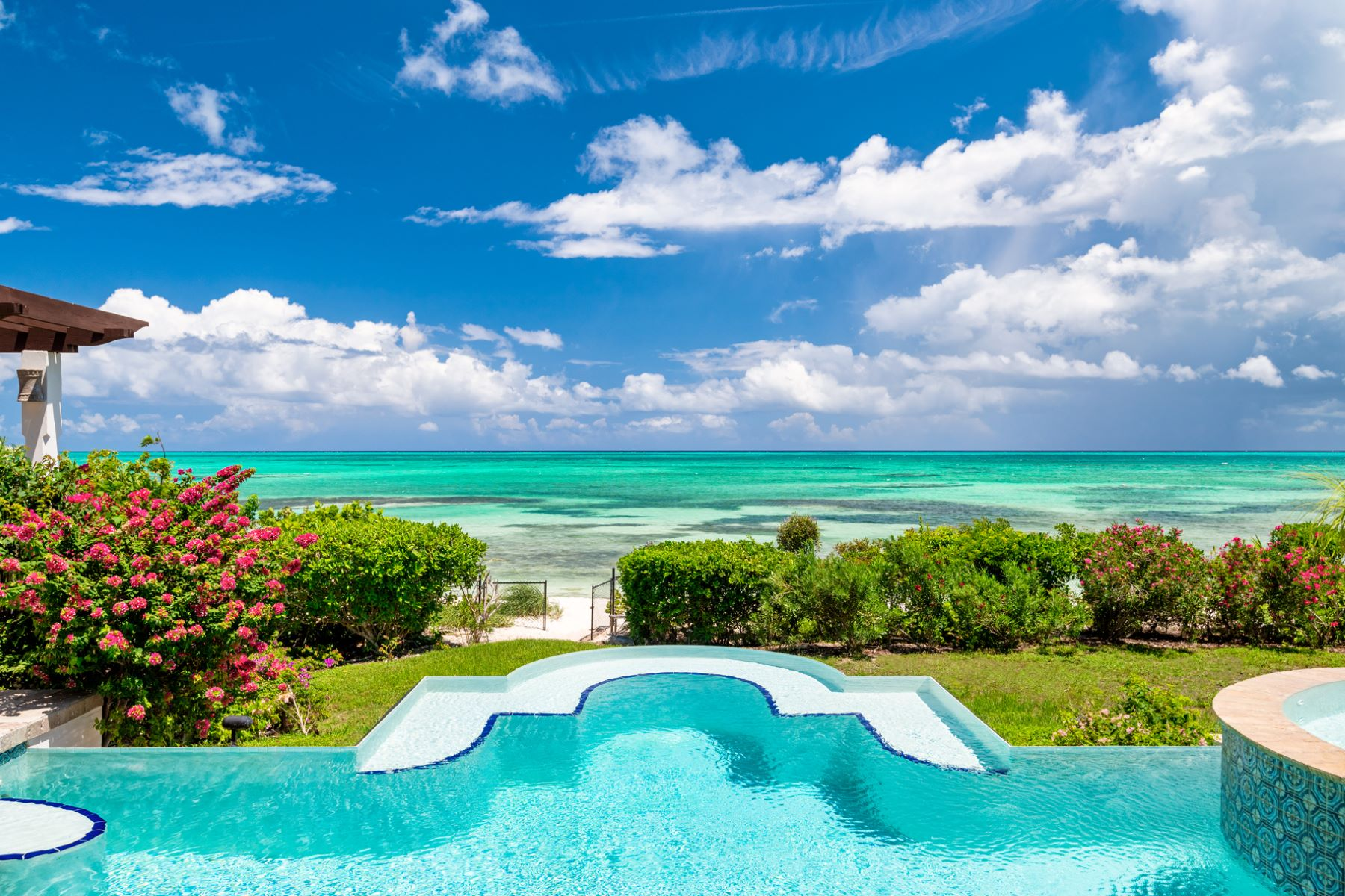 Single Family Home for Sale at Northbrae Thompson Cove, Providenciales Turks And Caicos Islands