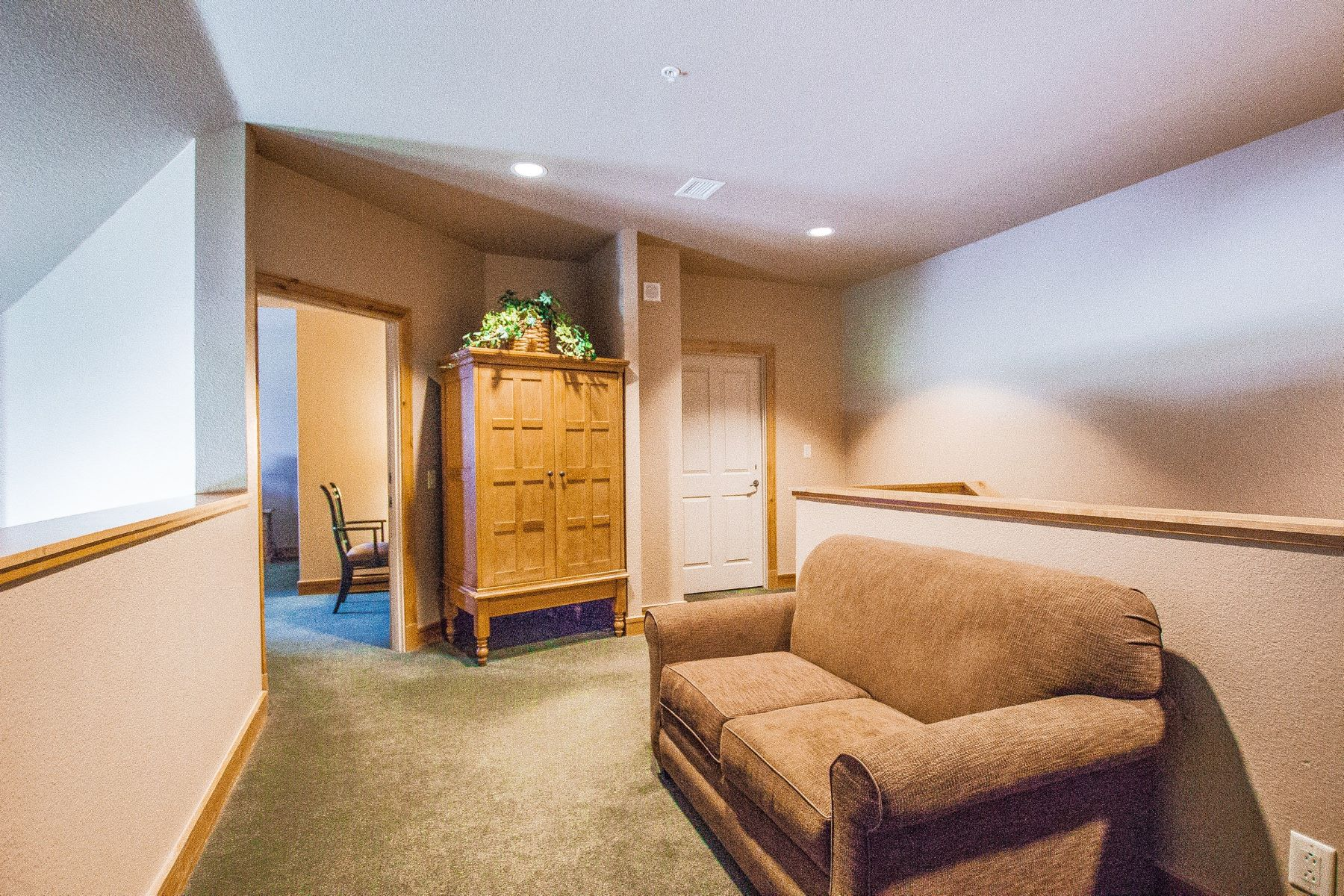 Additional photo for property listing at Steamboat Grand Olympian 2300 Mt. Werner Circle #505/506 Unit 505/506 Steamboat Springs, Colorado 80487 United States
