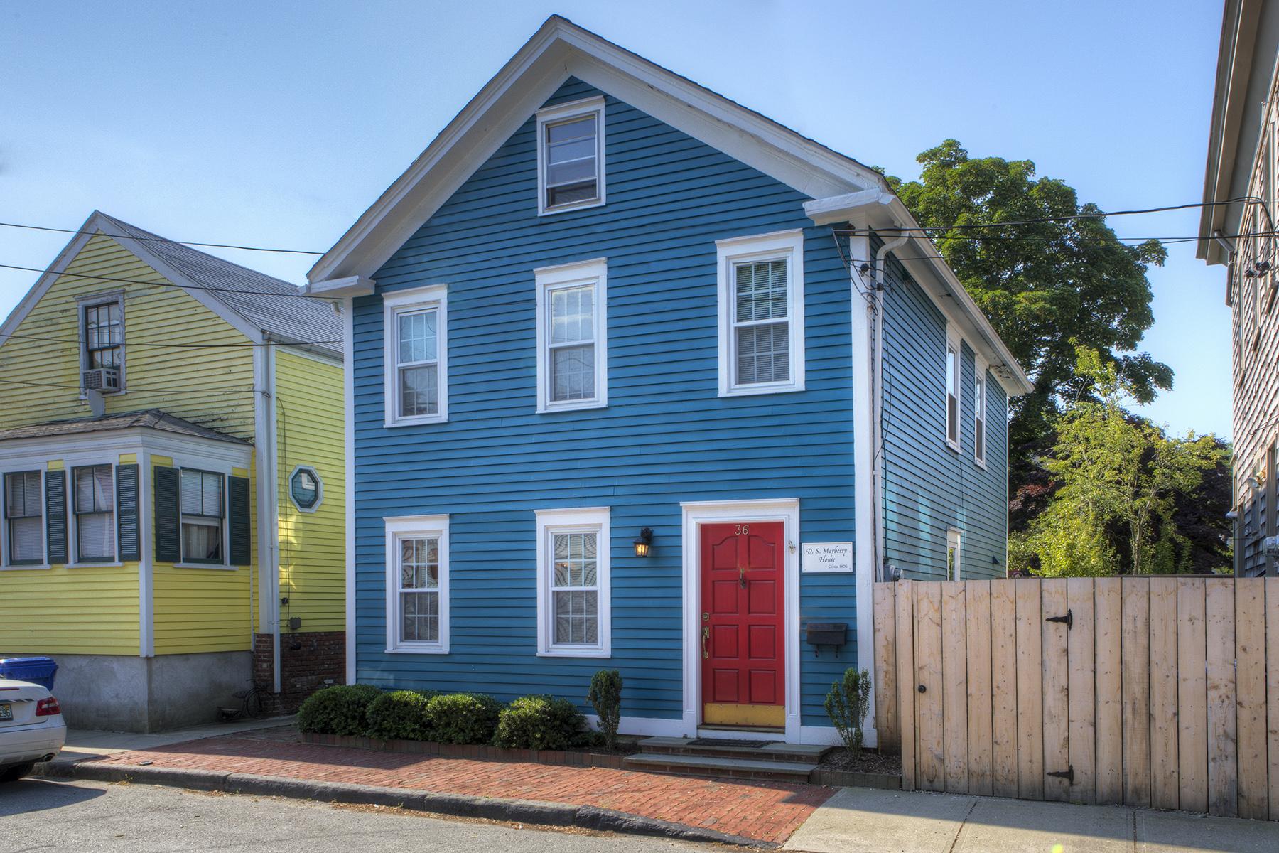 Single Family Homes por un Venta en 'The D.S. Mayberry House' 36 Poplar Street Newport, Rhode Island 02871 Estados Unidos