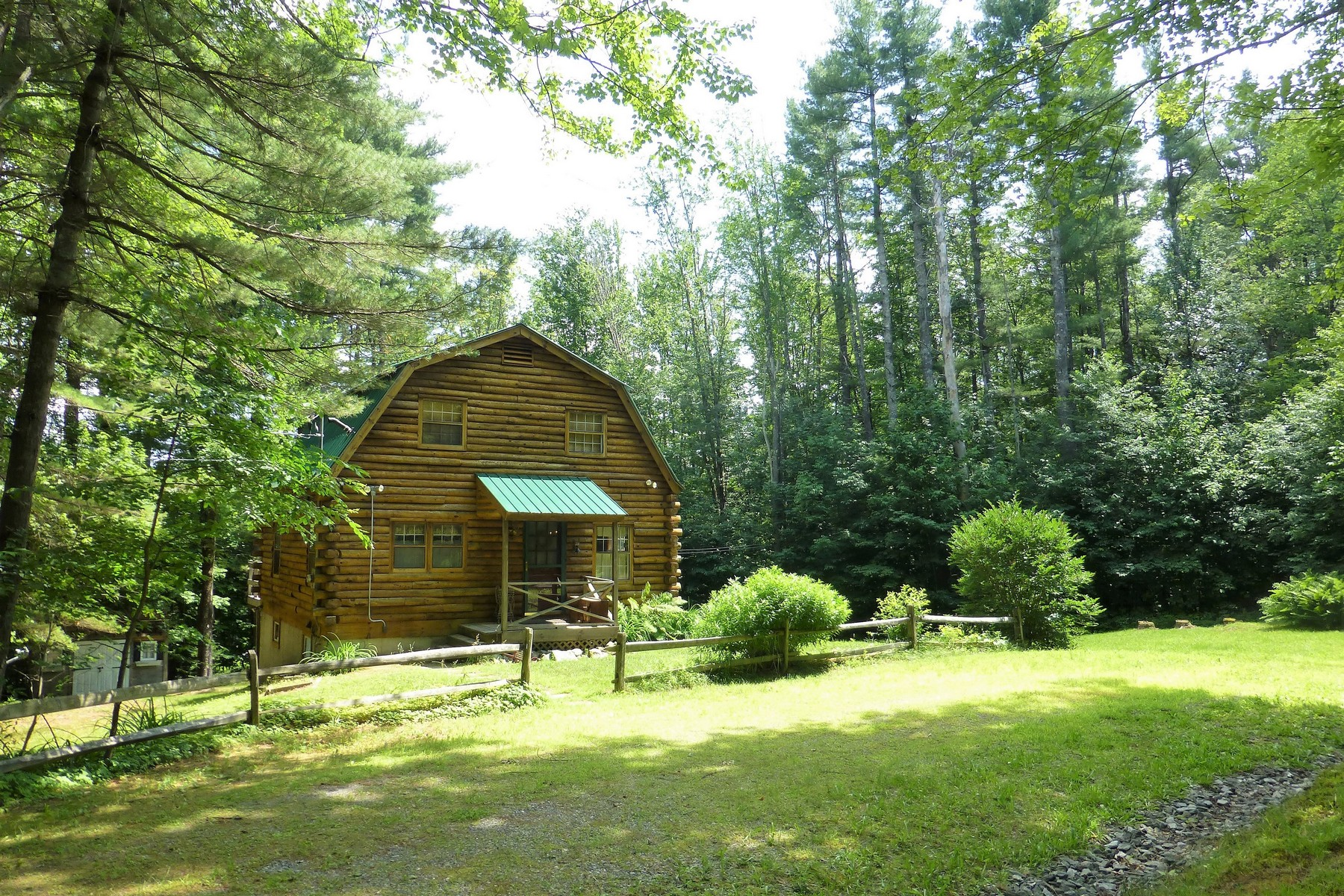 single family homes for Sale at Adorable Log Home in Snow Mountain Farms 18 Shady Ln Wardsboro, Vermont 05355 United States