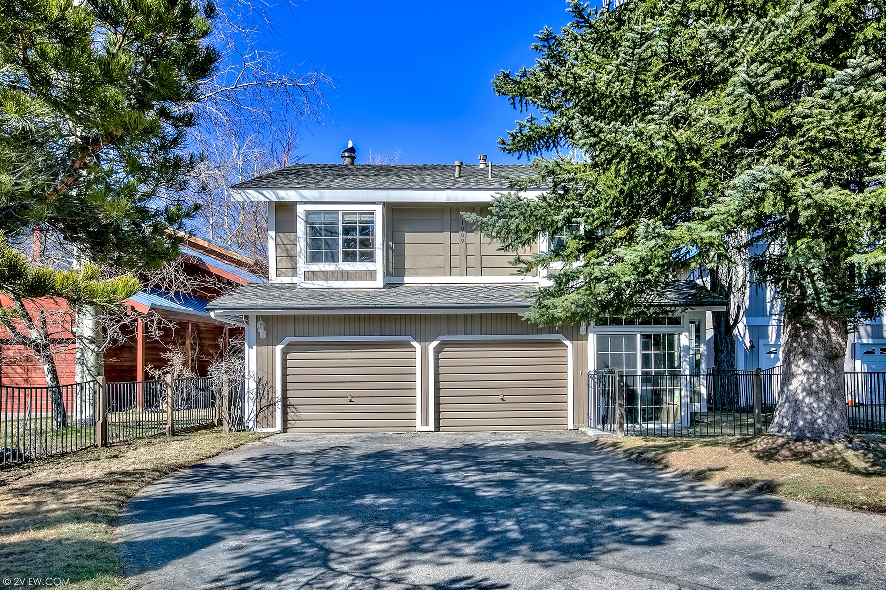 Single Family Home for Active at 1909 Cathedral Ct., South Lake Tahoe, CA 96150 1909 Cathedral Ct. South Lake Tahoe, California 96150 United States