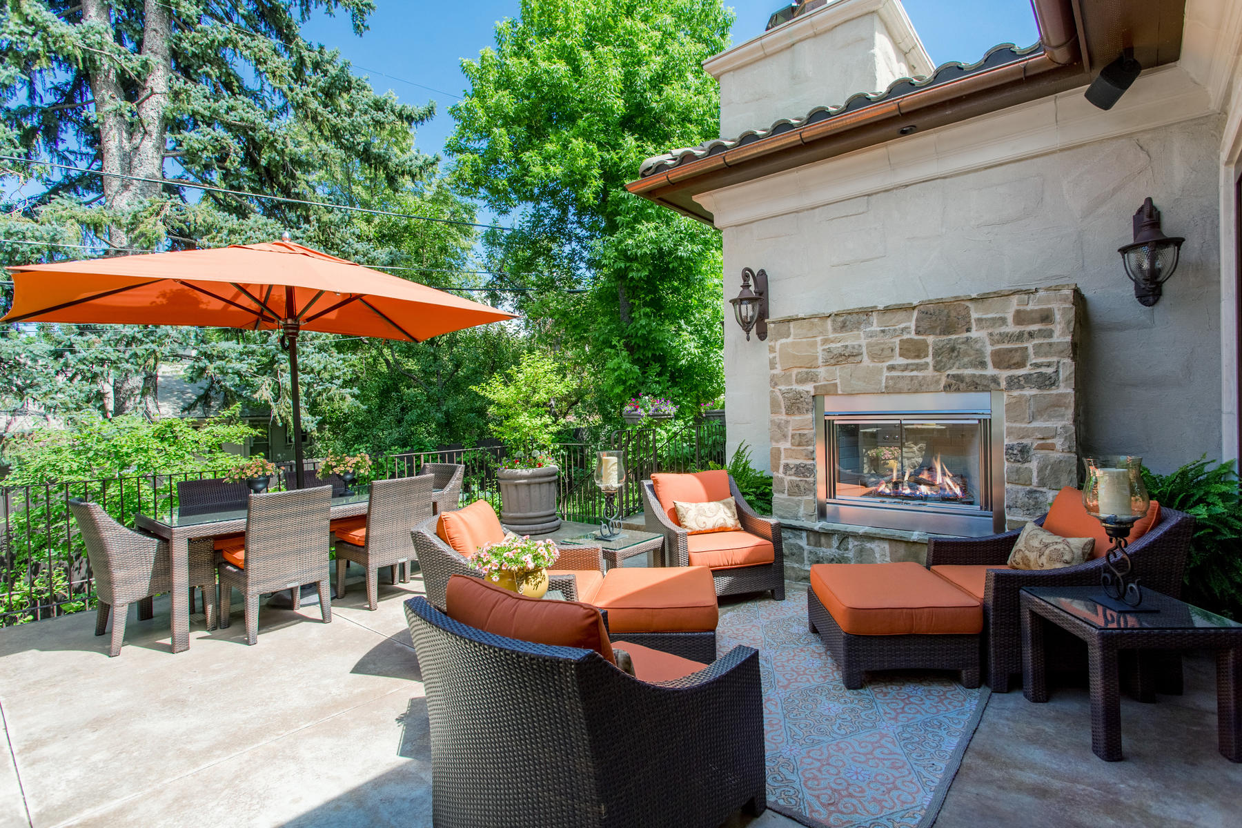 Additional photo for property listing at This Tuscan Inspired Two-Story Does Not Disappoint 210 Jasmine Street Denver, Colorado 80220 United States
