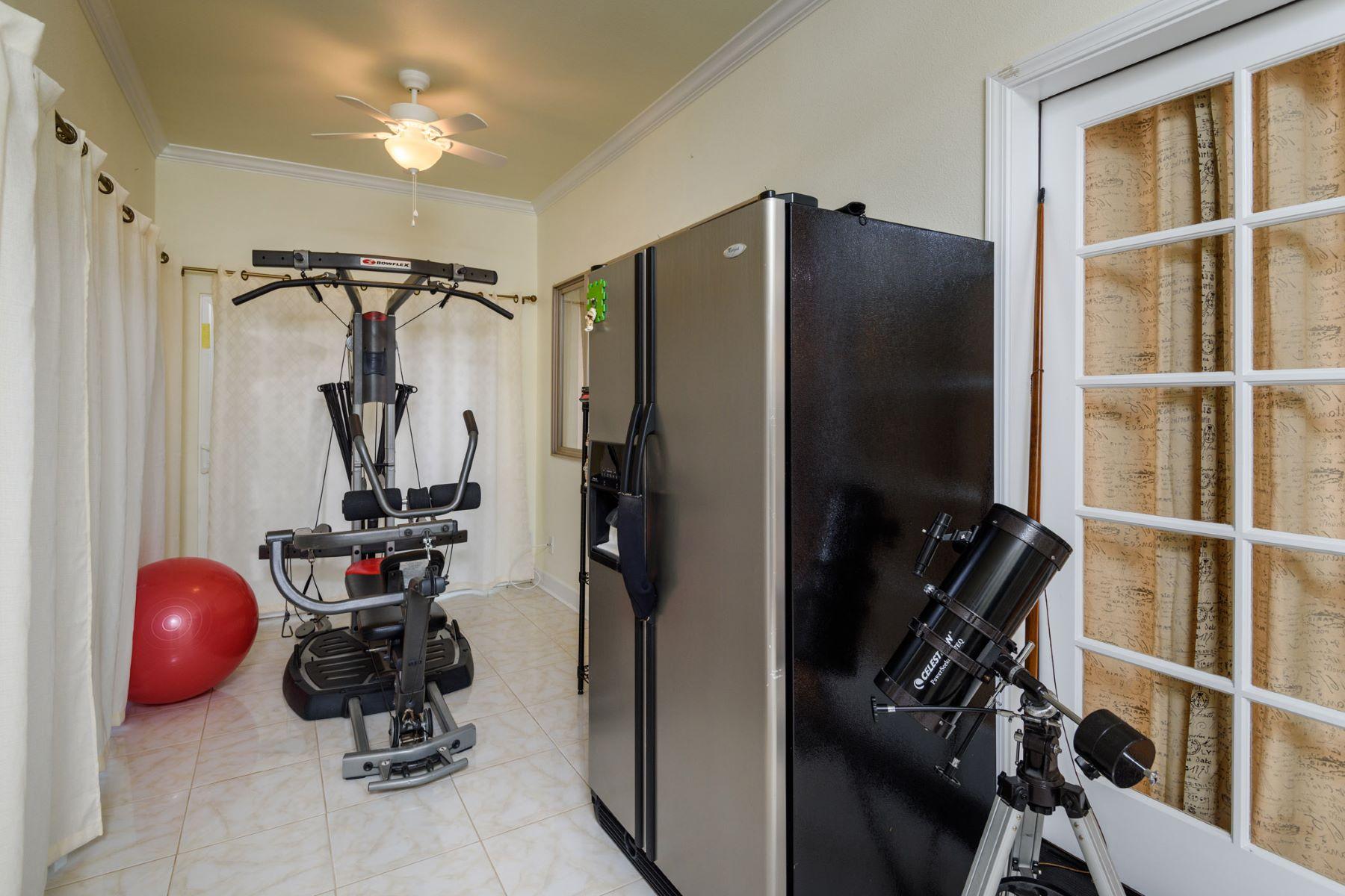 Additional photo for property listing at Large America Classic 5 95-1093 Kelakela Street Mililani, Hawaii 96789 United States