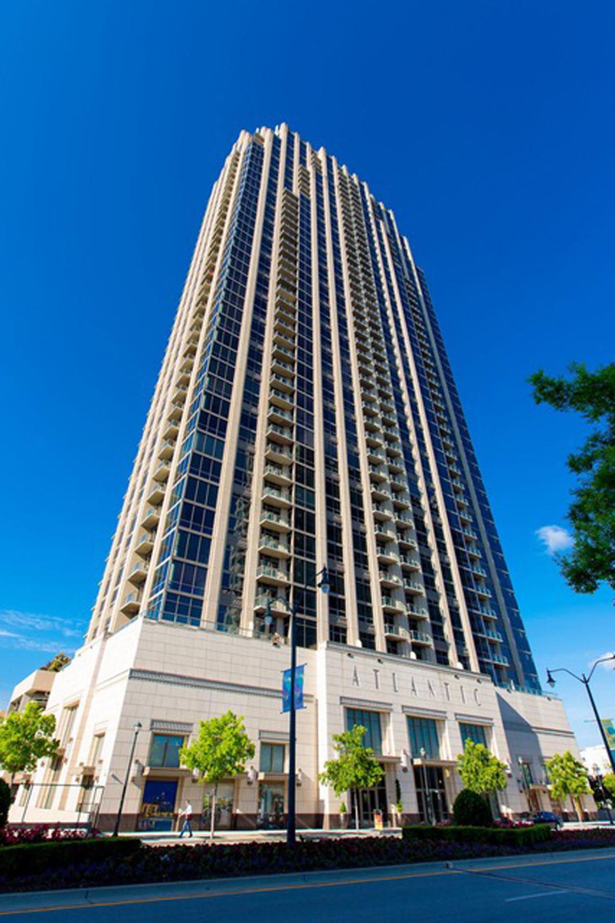 共管式独立产权公寓 为 销售 在 Amazing Midtown and Downtown Views 270 17th Street NW Unit 4307 亚特兰大, 乔治亚州, 30363 美国