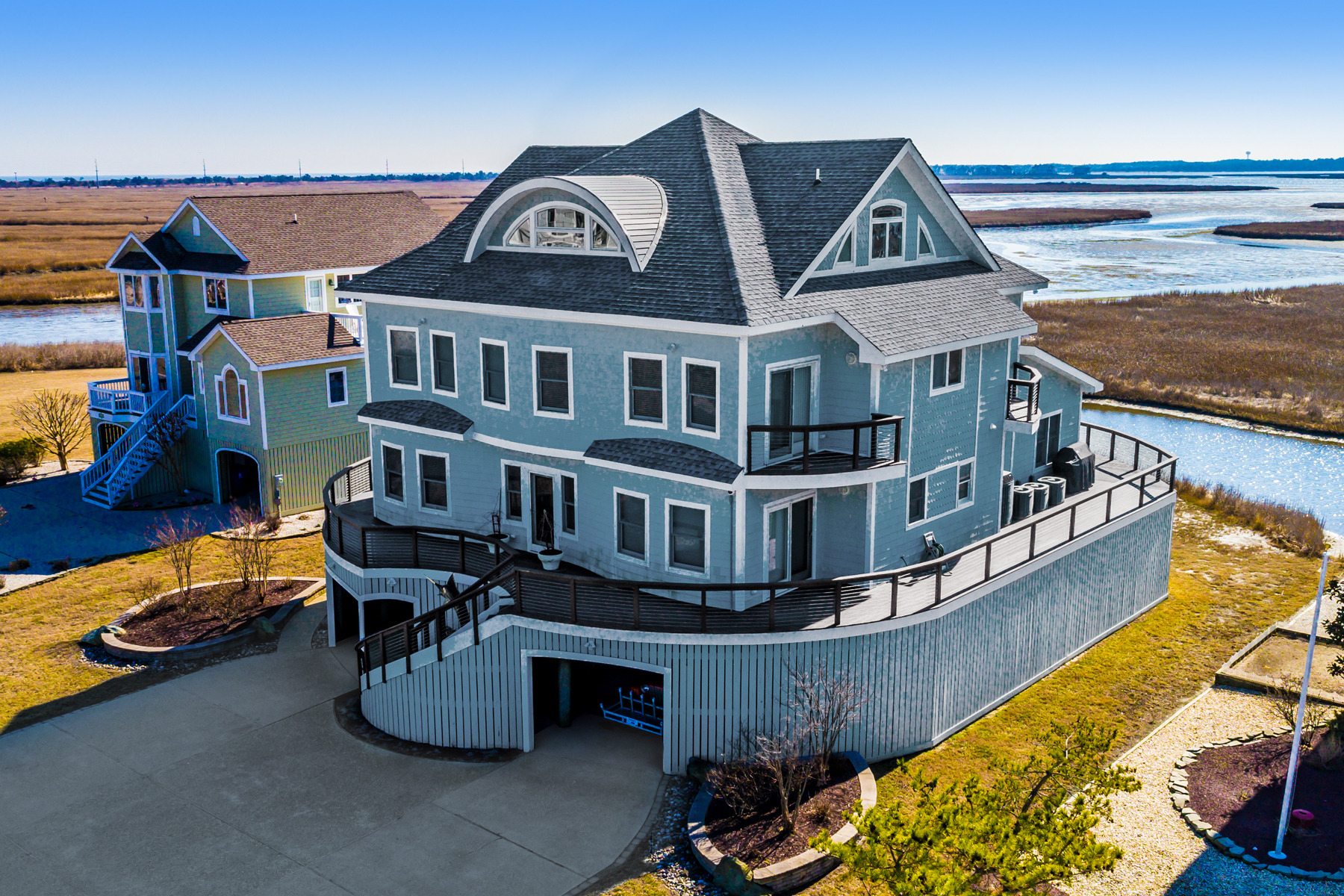 Single Family Home for Sale at 8 S Shore Drive , Bethany Beach, DE 19930 Bethany Beach, Delaware 19930 United States
