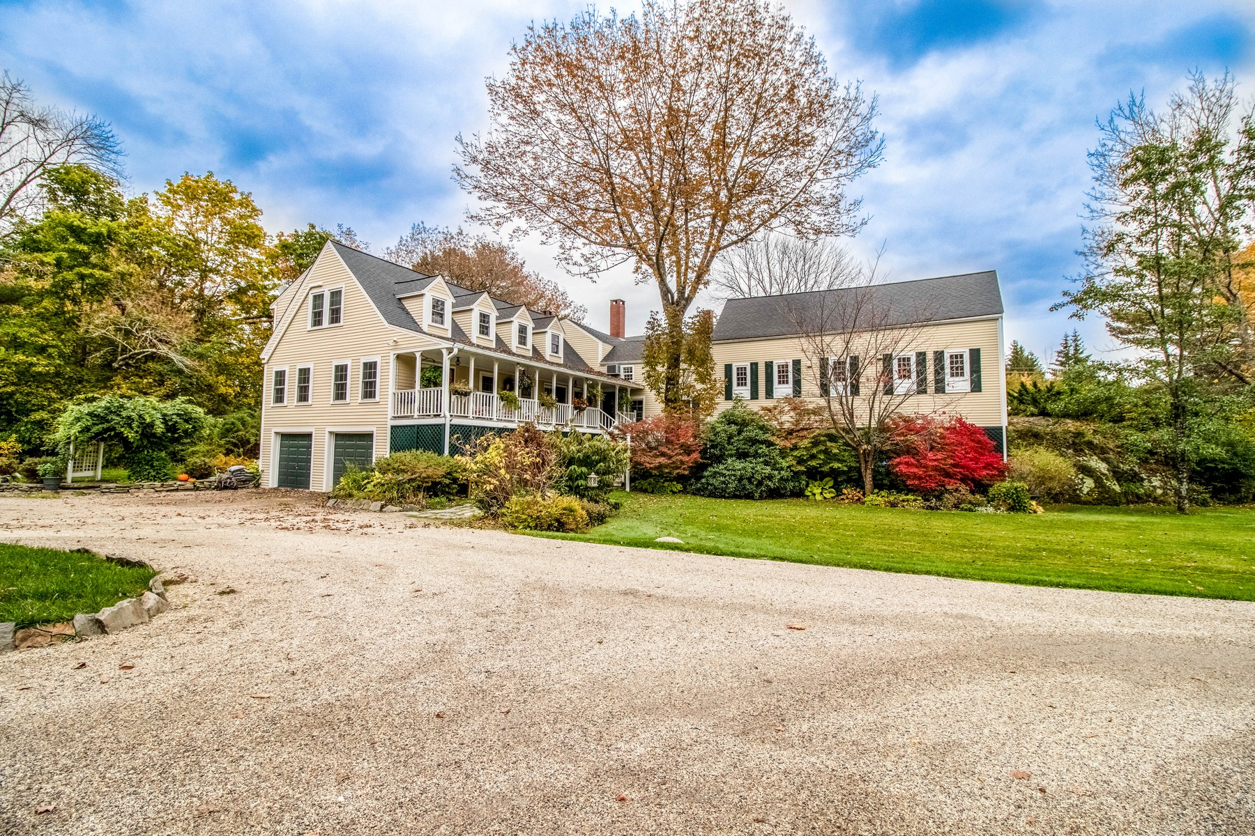 Bed and Breakfast Homes للـ Sale في Snow Squall Inn 5 Bradford Road, Wiscasset, Maine 04578 United States