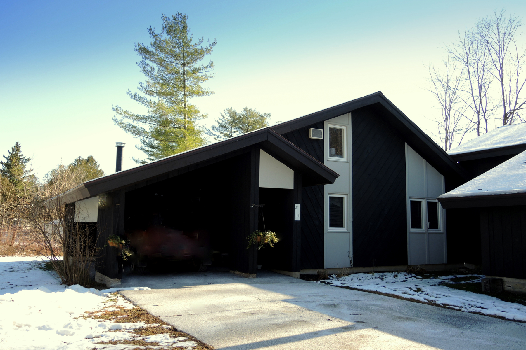 Condominiums for Sale at Peaceful Condo Close to Town 14 Barleyfield Pl Rutland, Vermont 05701 United States