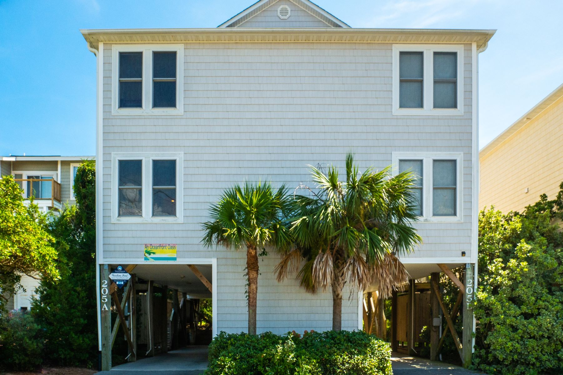 townhouses for Sale at Ocean Front Luxury Villa 205 S. Anderson Blvd. A Topsail Beach, North Carolina 28445 United States
