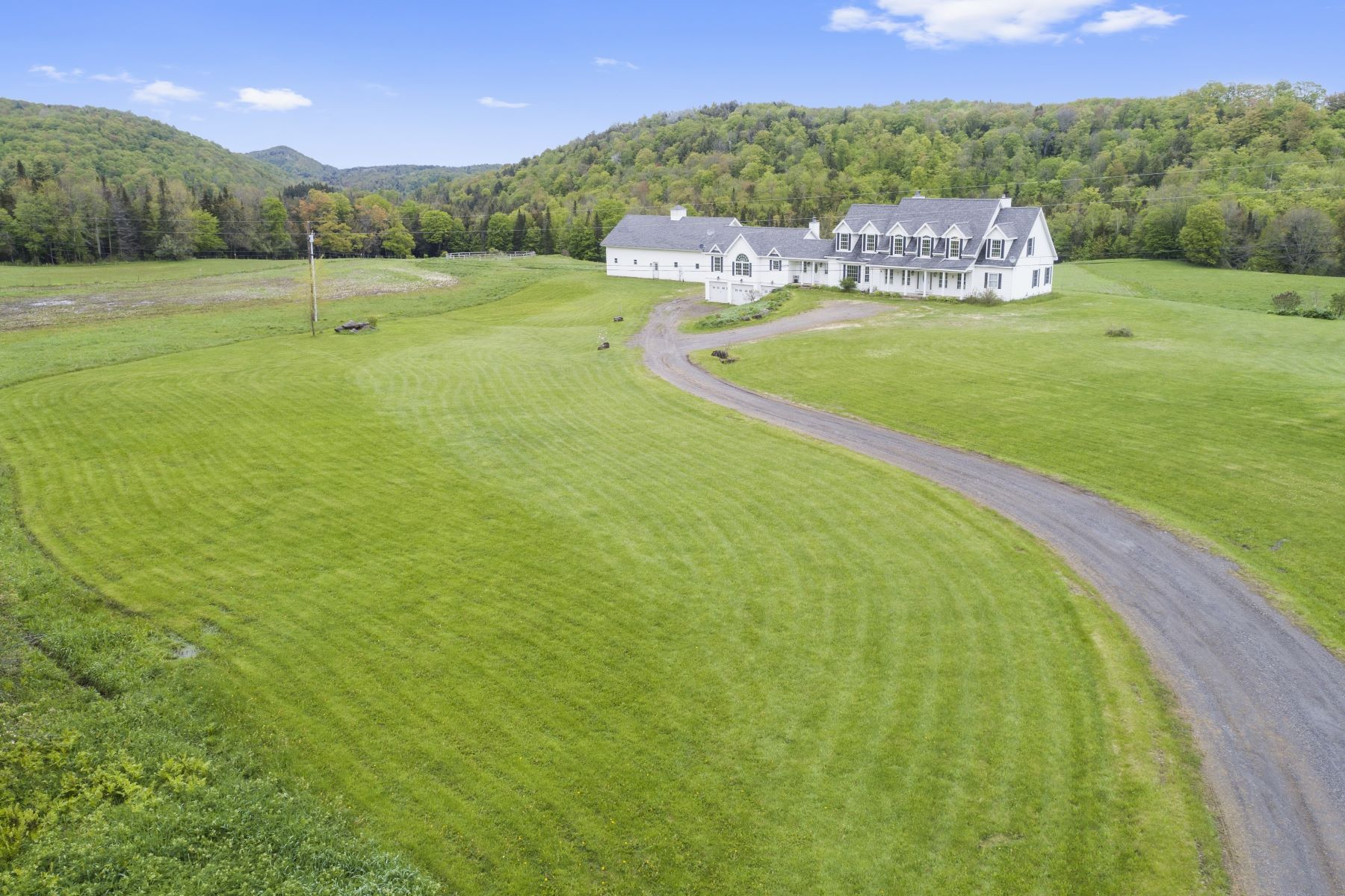 Single Family Homes for Sale at 2598 East Street, Brookfield 2598 East St Brookfield, Vermont 05036 United States