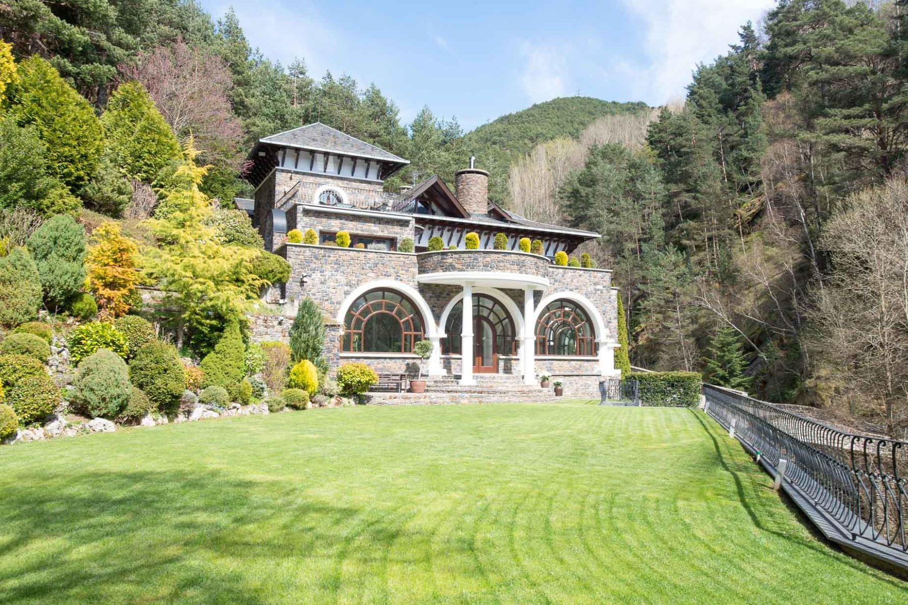 Single Family Homes for Sale at Discrete Mansion in the Middle of Nature La Massana, La Massana Andorra