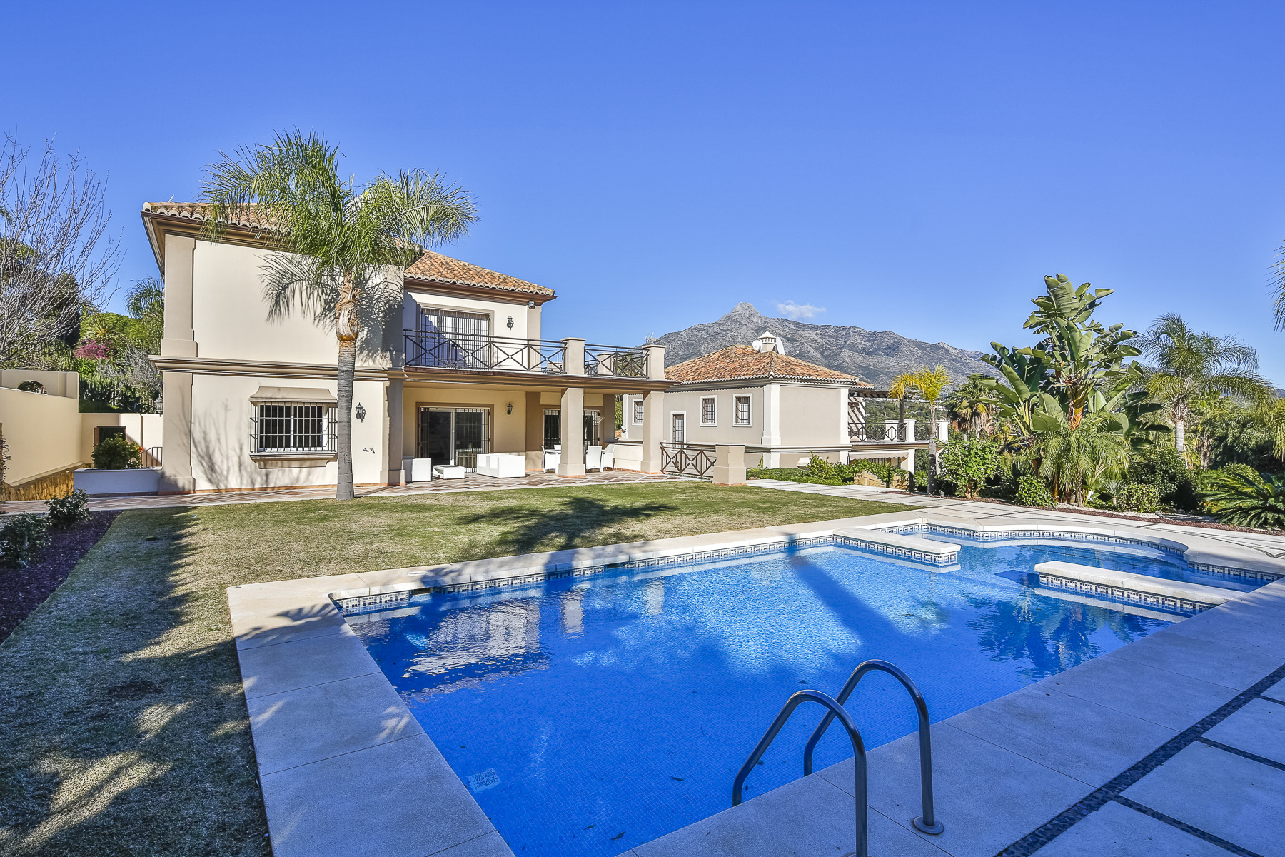 Property For Rent Marbella