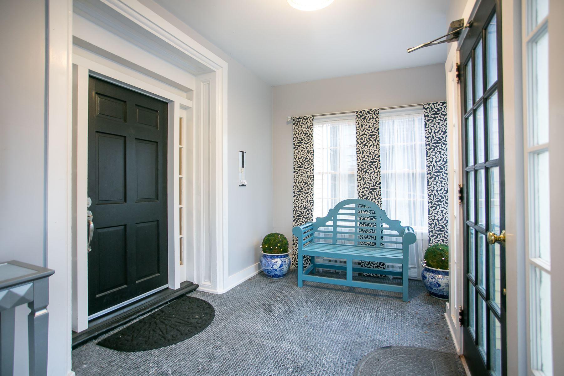Condominiums for Sale at Pelham Street Condo 75 Pelham Street B Newport, Rhode Island 02840 United States