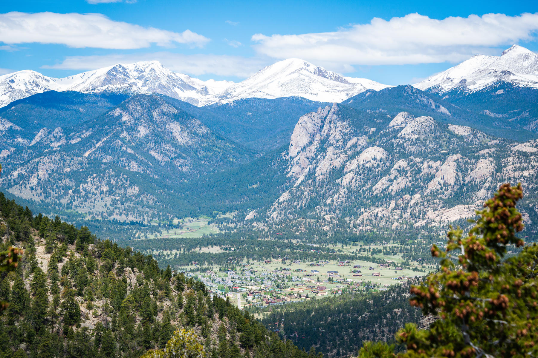 Single Family Homes for Sale at Solitude And Serenity Abounds 127 Alpine Dr Estes Park, Colorado 80517 United States
