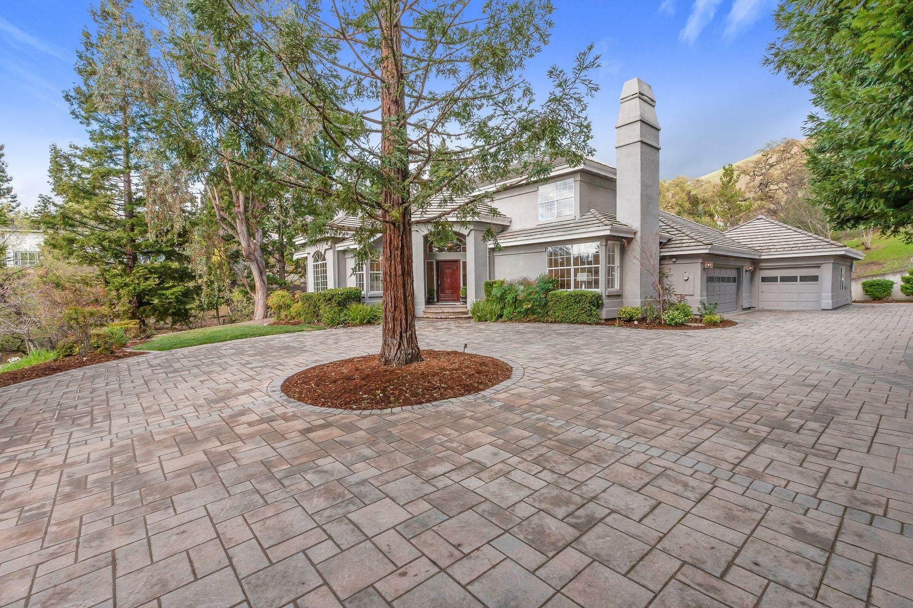 Single Family Homes para Venda às Incredible Private Setting 2704 Caballo Ranchero Drive, Diablo, Califórnia 94528 Estados Unidos