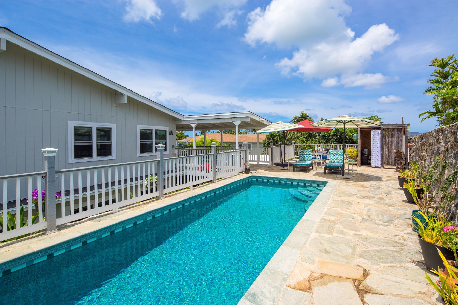 Additional photo for property listing at Luxury by the Sea 45-052 Ka Hanahou Place Kaneohe, Hawaii 96744 United States