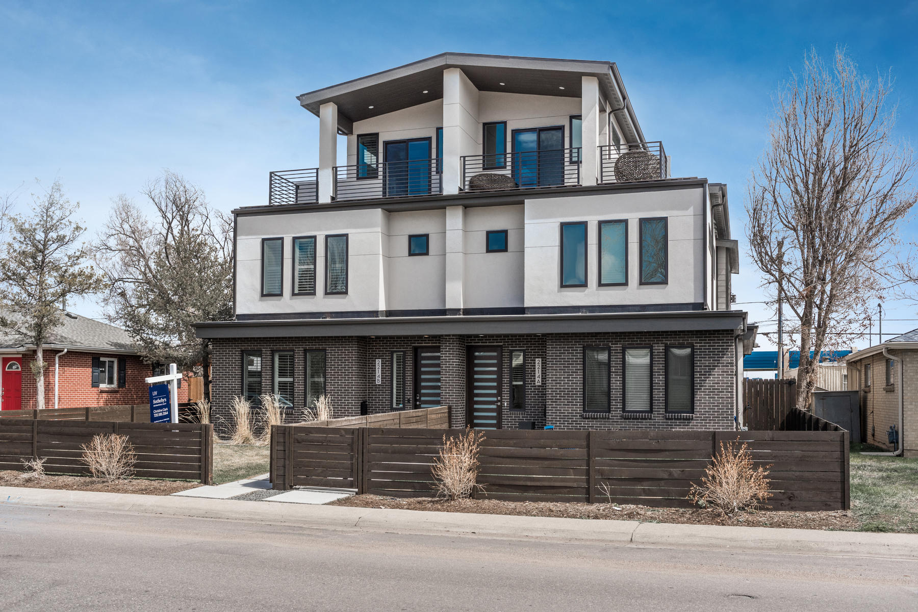 Condominiums for Sale at Stunning home in the heart of Edgewater with spectacular views of Sloan's Lake. 2214 Ames St. #B Edgewater, Colorado 80214 United States
