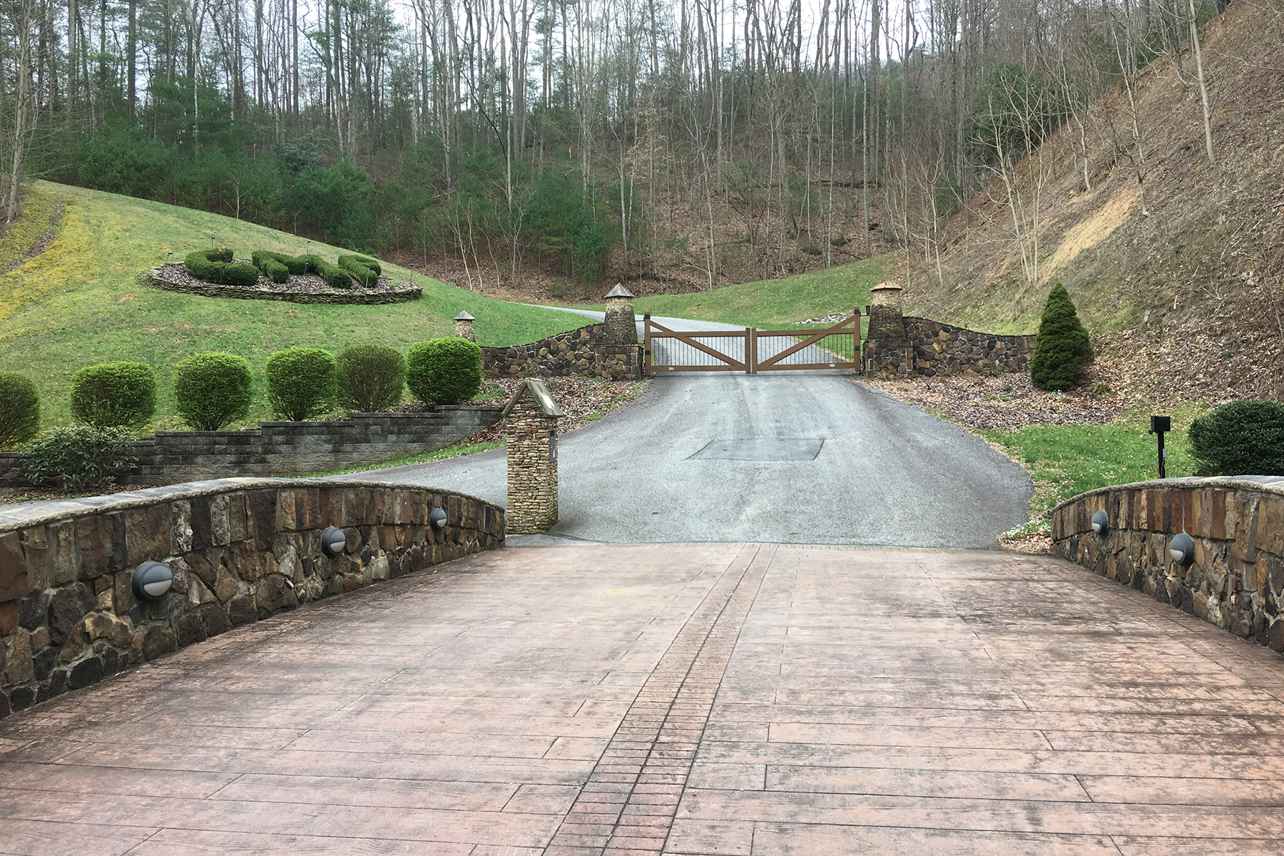 Land for Sale at CHESTNUT MOUNTAIN FARMS - MCGRADY Lot 142 Carriage House Trl McGrady, North Carolina 28649 United States