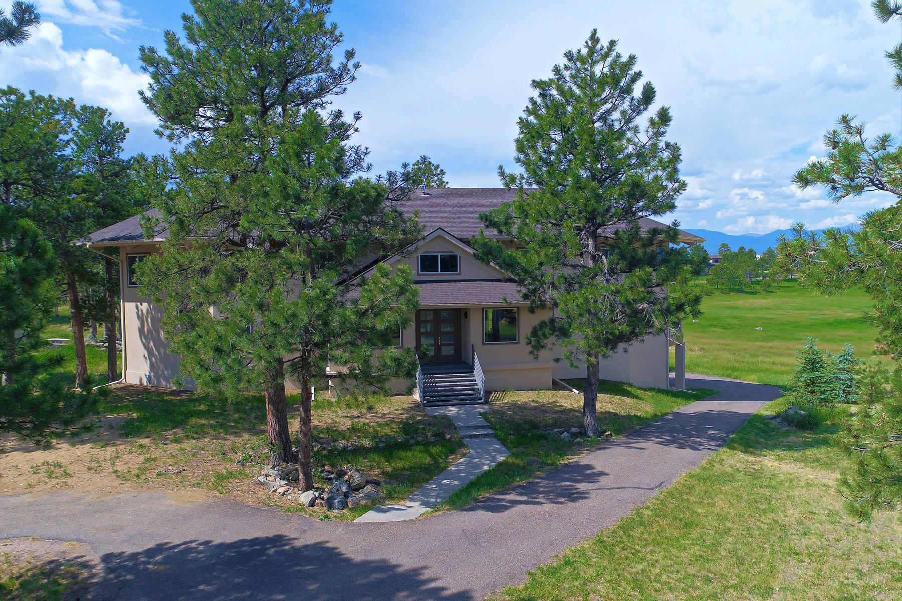 Single Family Home for Active at Open Floor Plan with Stunning Mt Evans Views 1523 Copper Rose Drive Golden, Colorado 80401 United States