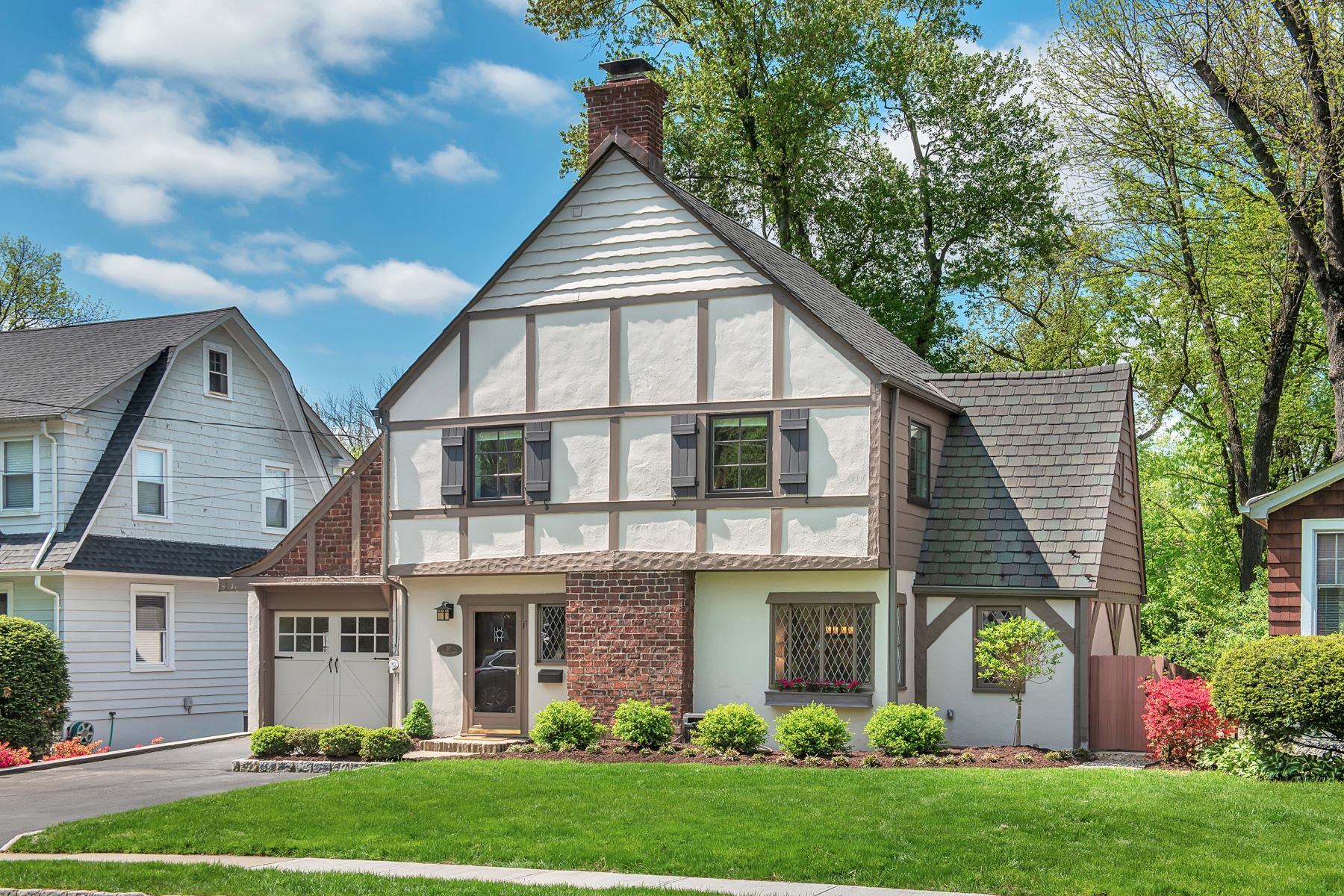 Single Family Homes for Sale at Charming Four Bedroom Tudor 17 Division Avenue New Providence, New Jersey 07974 United States