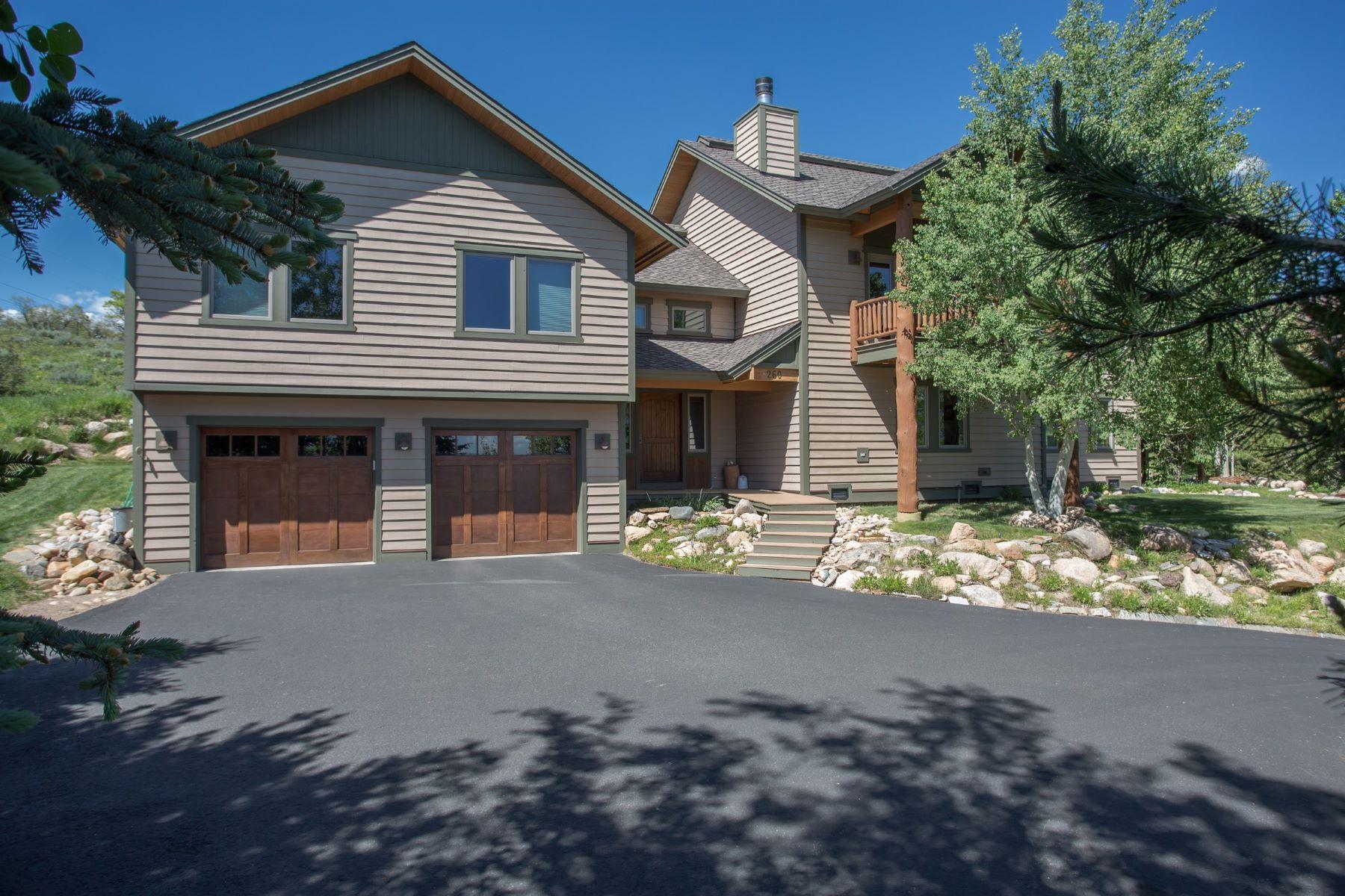Maison unifamiliale pour l à louer à 5 Bedroom Luxury Home in Fish Creek Falls 260 Storm Peak Ct Steamboat Springs, Colorado, 80487 États-Unis