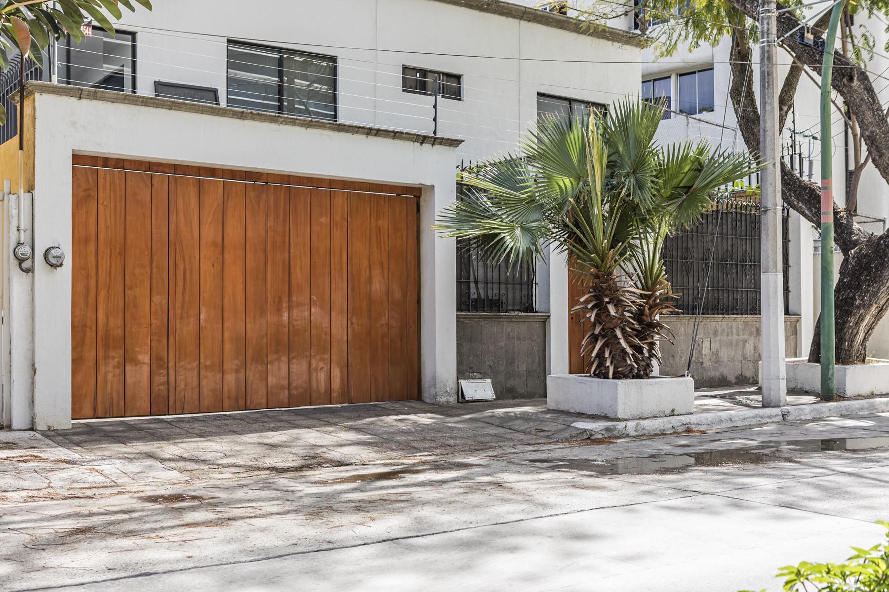 Single Family Home for Sale at Casa Chapalita Juan Bernardino 643 Zapopan, 45040 Mexico