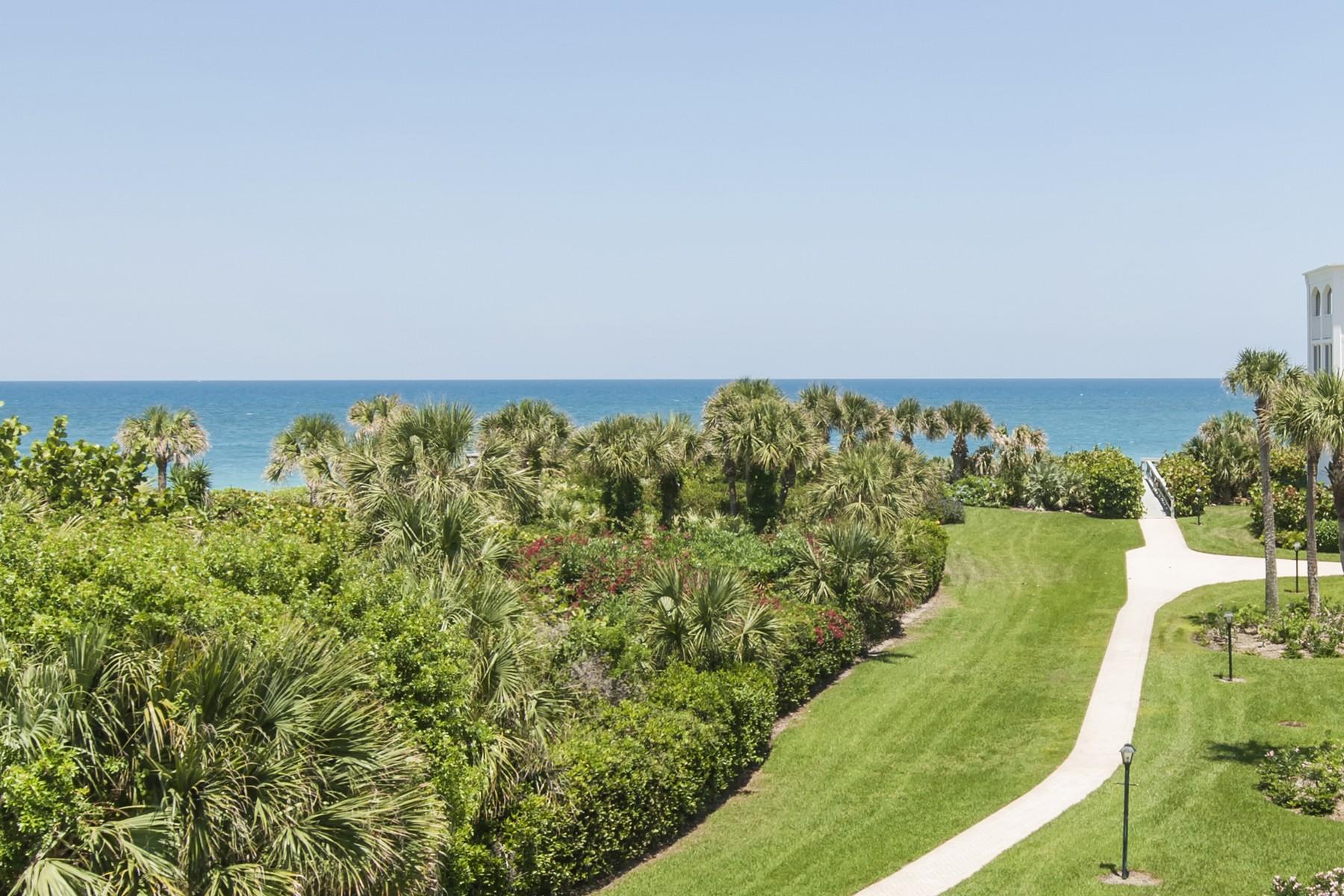 Nhà chung cư vì Bán tại Elegant and Spacious Oceanfront Condo 5690 Highway A1A #203N Indian River Shores, Florida, 32963 Hoa Kỳ