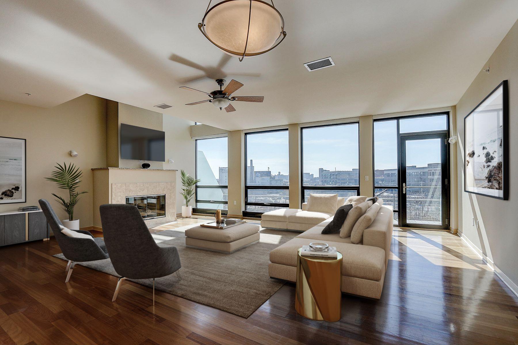 Condominiums 為 出售 在 Water Views in the Historic Third Ward 311 E. Erie St. Unit 418, Milwaukee, 威斯康辛州 53202 美國