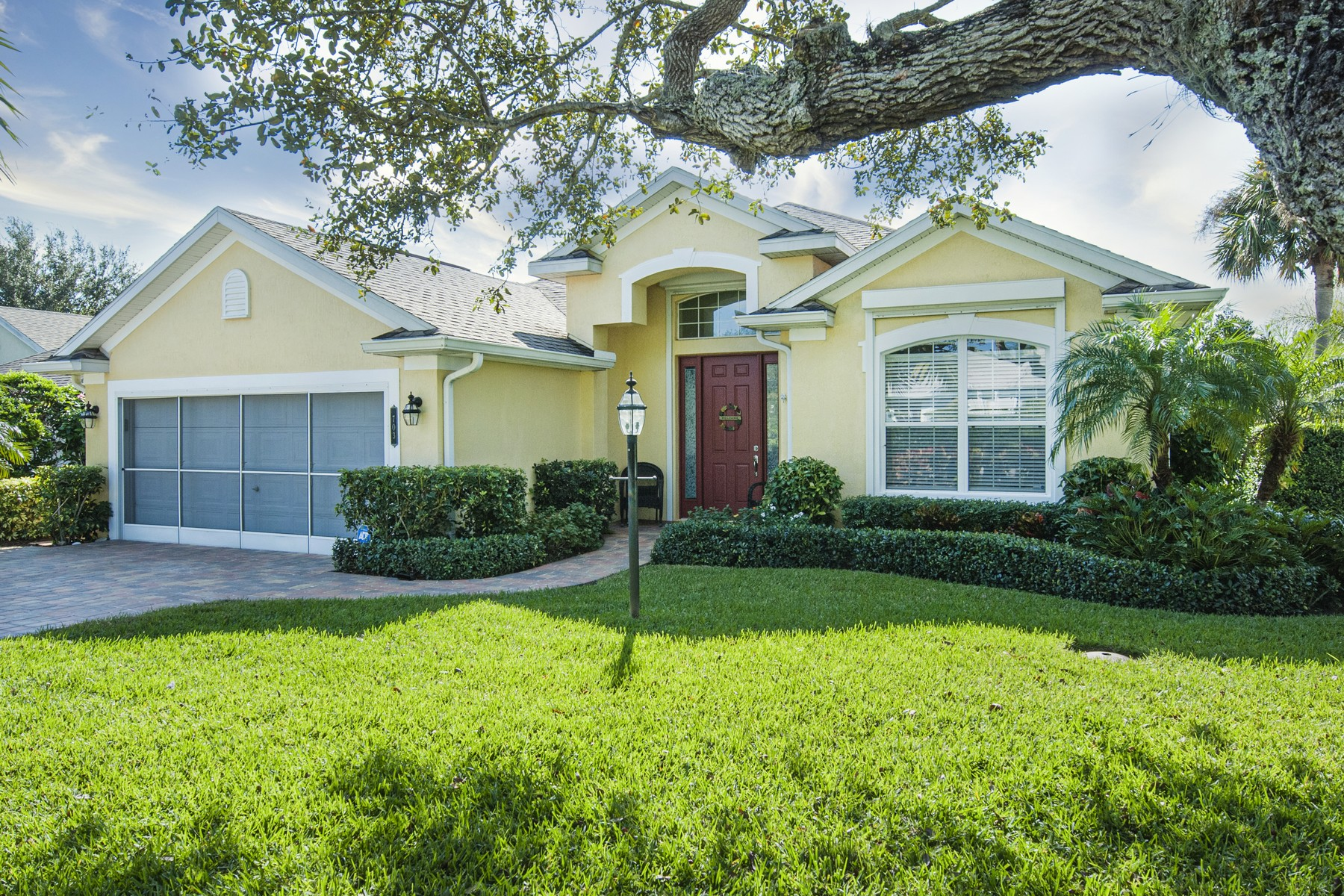 Single Family Homes for Sale at Re-Modeled and Beautiful! 703 Brush Foot Drive Sebastian, Florida 32958 United States