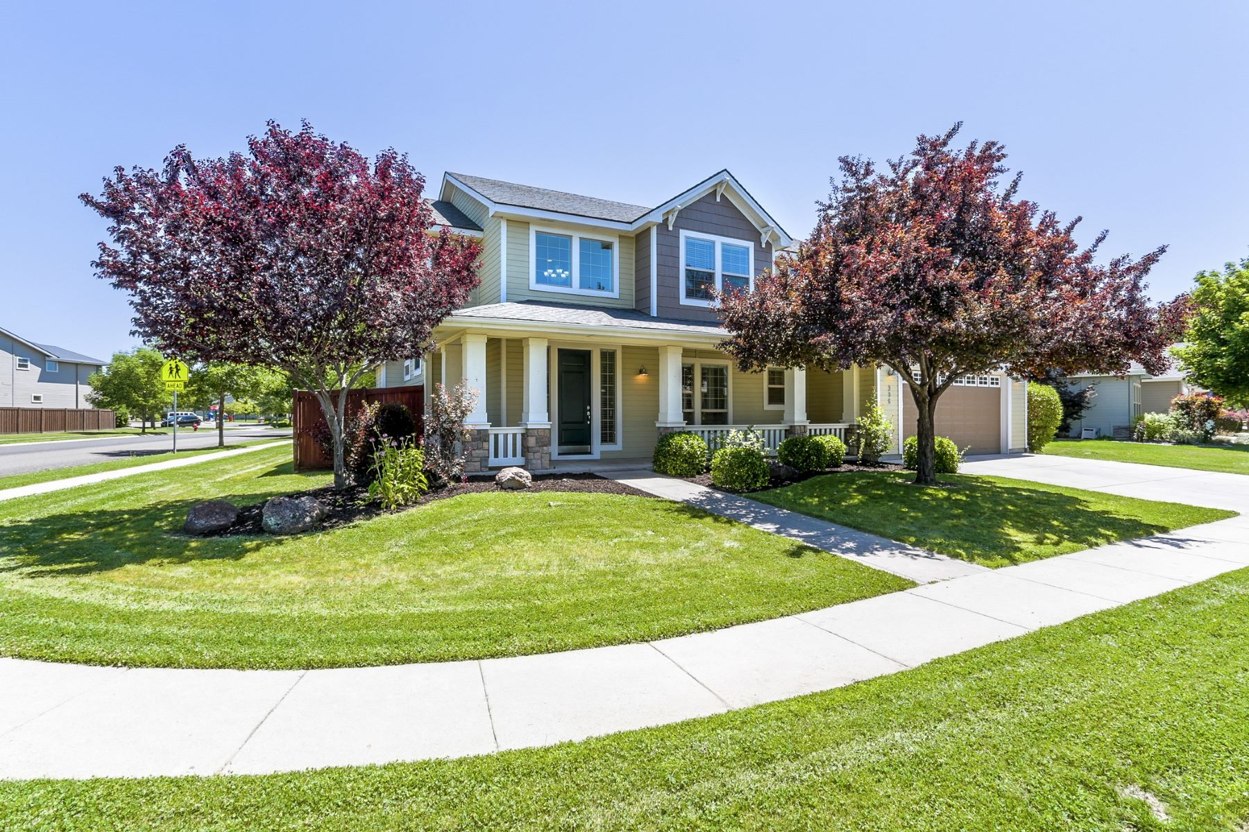 Single Family Homes for Active at 996 Cagney Dr, Meridian 996 W Cagney Dr Meridian, Idaho 83646 United States