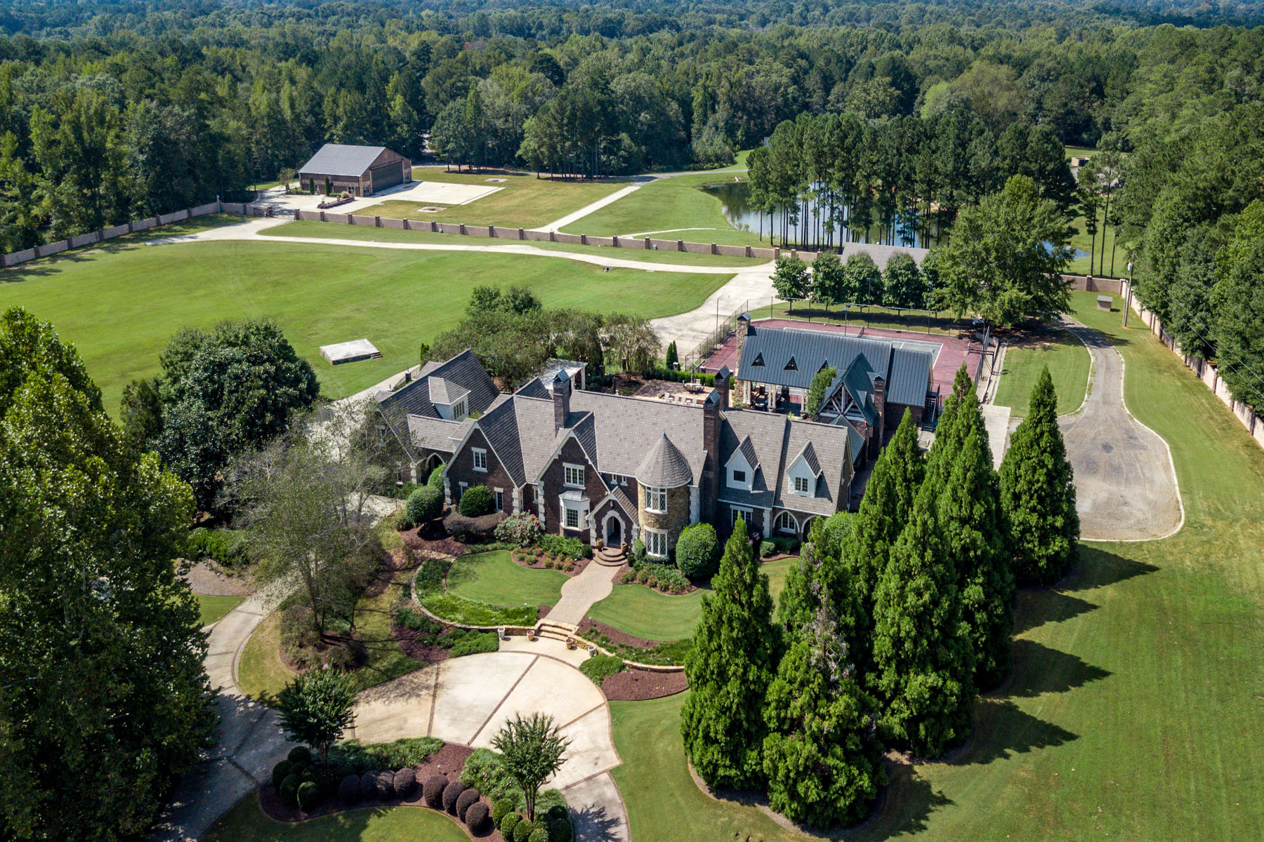 Single Family Homes 용 매매 에 Private Georgia Luxury Fly-In Estate 171 County Line Road, Fayetteville, 조지아 30215 미국