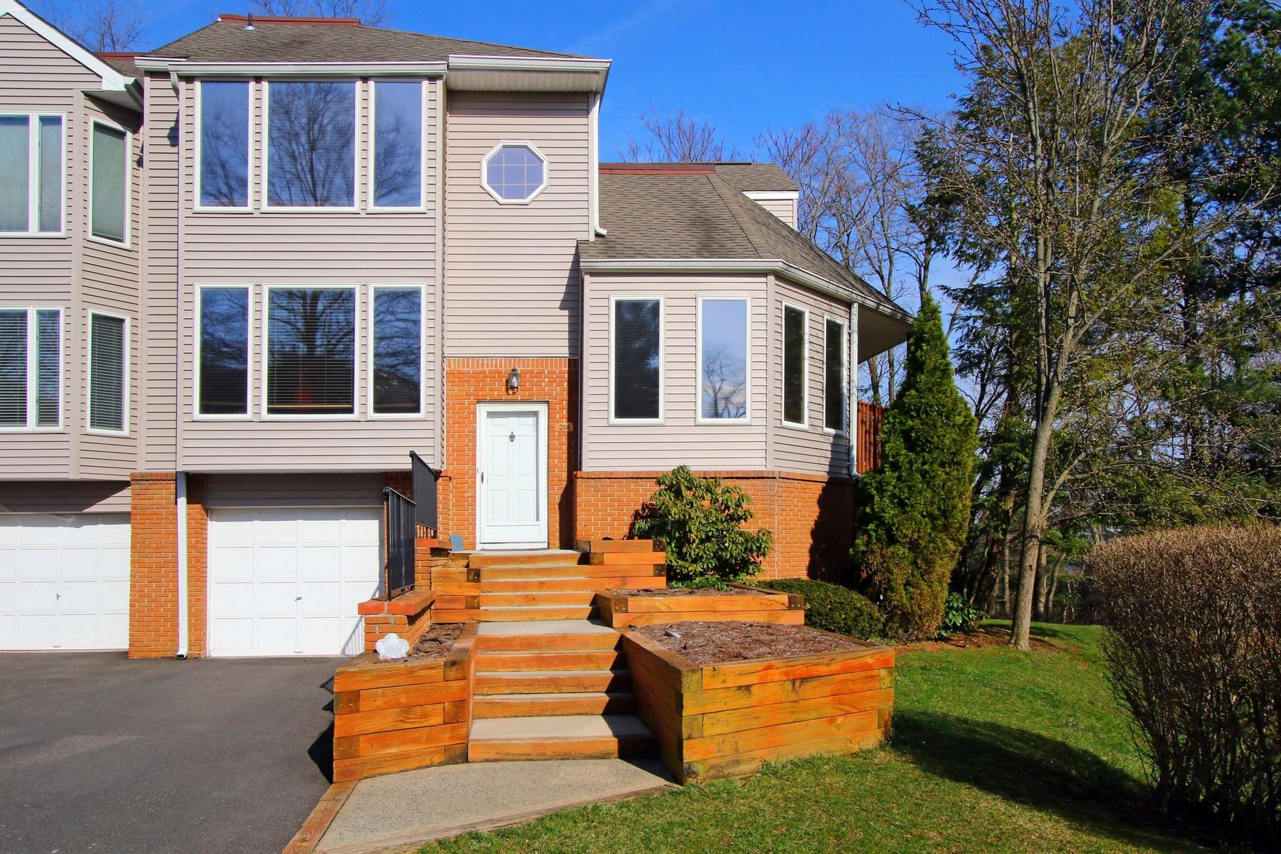 Кондоминиум для того Продажа на Ambassador 208 Ambassador Drive, Red Bank, Нью-Джерси 07701 Соединенные Штаты