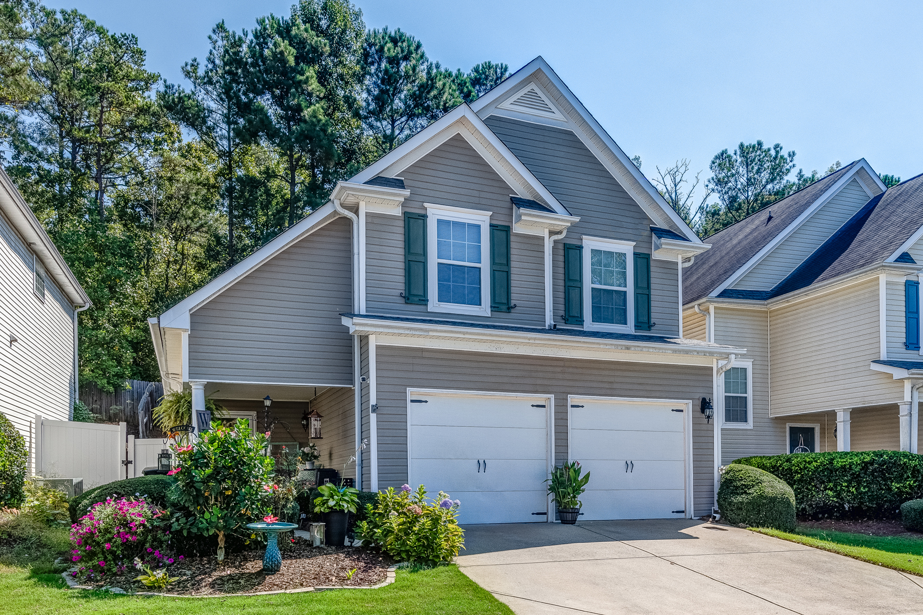 Single Family Home for Sale at Beautiful Three Bedroom, Two and a Half Bath Home in Gated Swim Community 133 Highland Falls Drive Hiram, Georgia 30141 United States