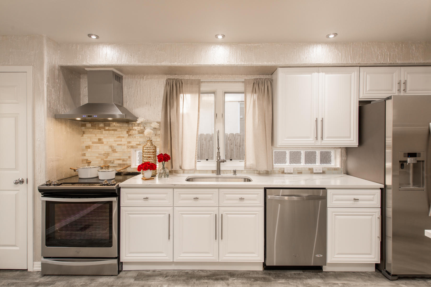 Additional photo for property listing at Remarkable Remodel In Denver's Cherry Creek 251 South Garfield Street #F Denver, Colorado 80209 United States