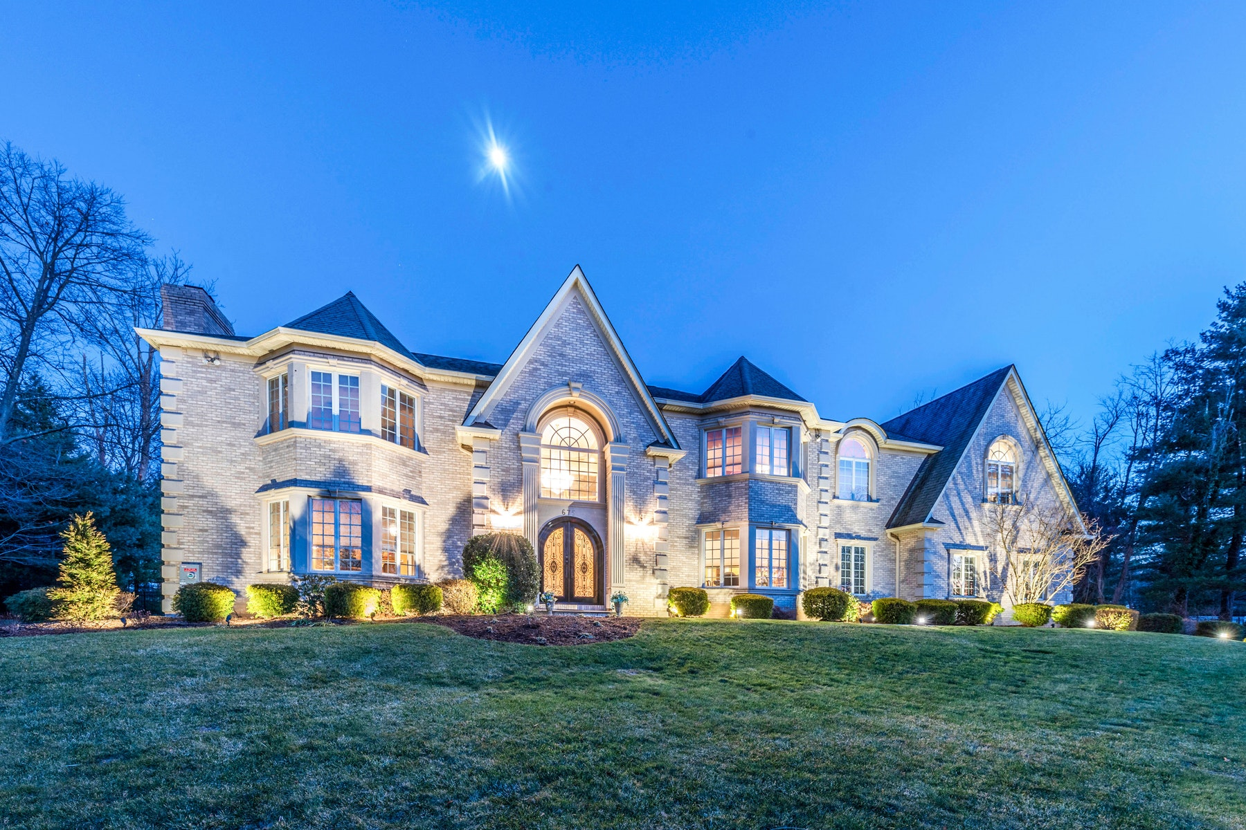 Single Family Homes for Sale at Colonial Manor 675 Orchard Lane Franklin Lakes, New Jersey 07417 United States