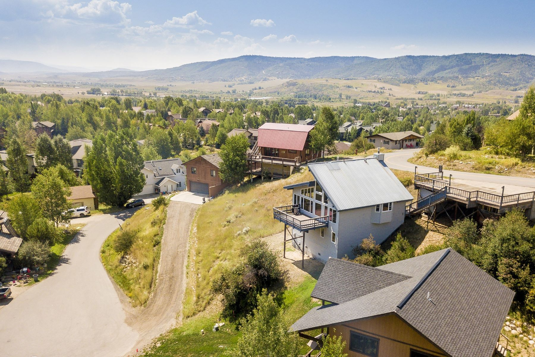 Additional photo for property listing at Views from the Mountain 3300 Apres Ski Way Steamboat Springs, Colorado 80487 United States