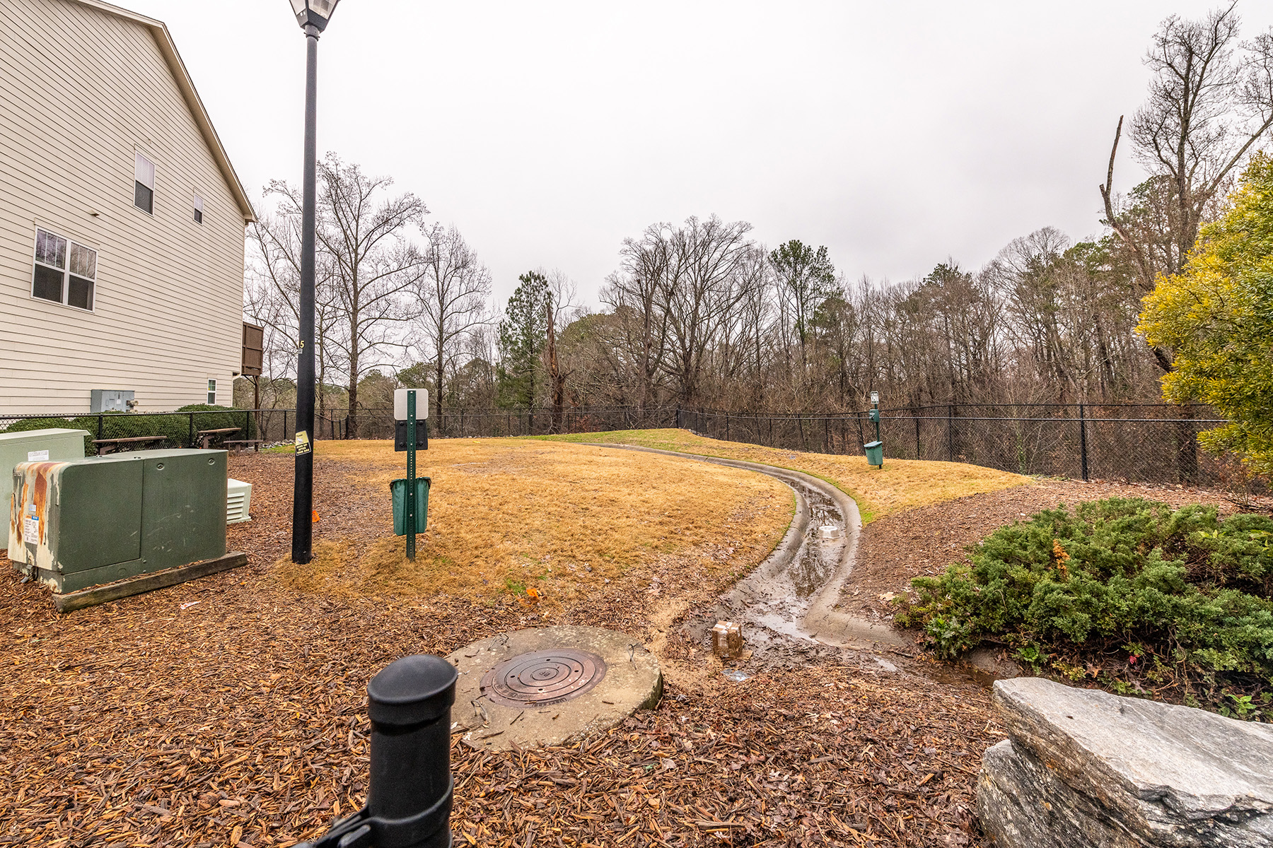 Additional photo for property listing at Awesome Townhome On The Westside 1152 Liberty Pkwy Atlanta, Georgia 30318 United States