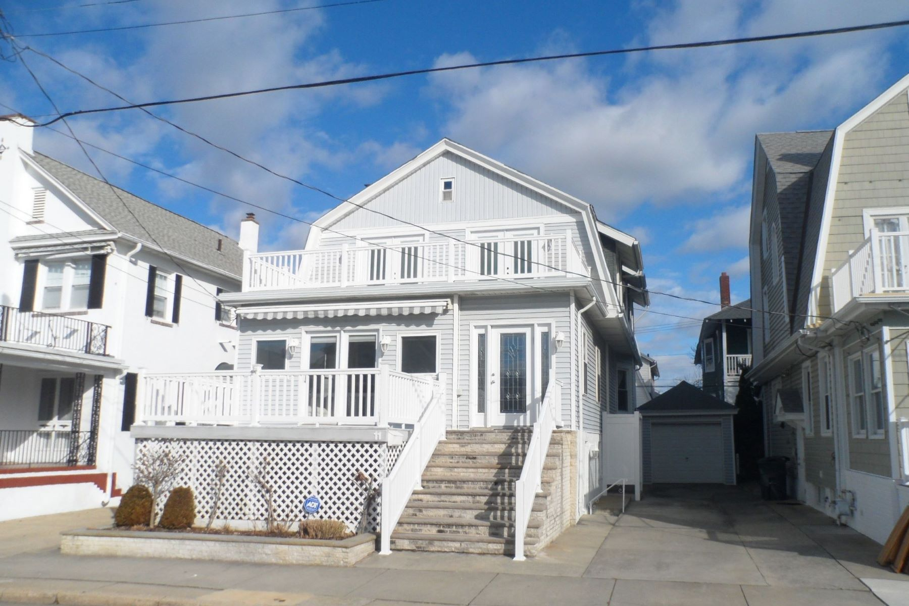 Single Family Home for Sale at 11 S Wyoming Ave Ventnor, New Jersey 08406 United States