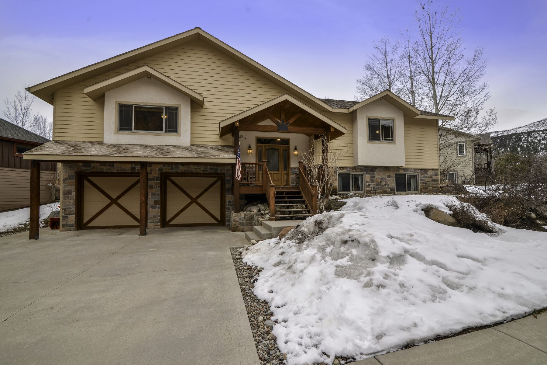 Single Family Homes for Active at Park East Charmer 3955 Sky Ranch Drive Glenwood Springs, Colorado 81601 United States