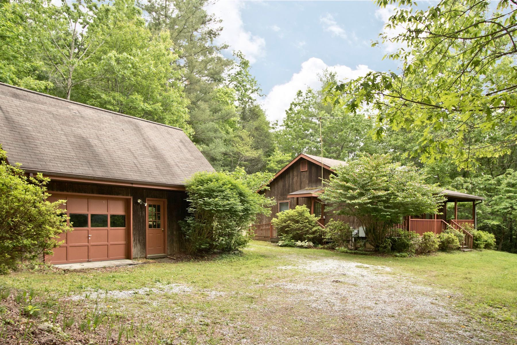 Single Family Home for Sale at 3352 Clear Creek Road Highlands, North Carolina, 28741 United States
